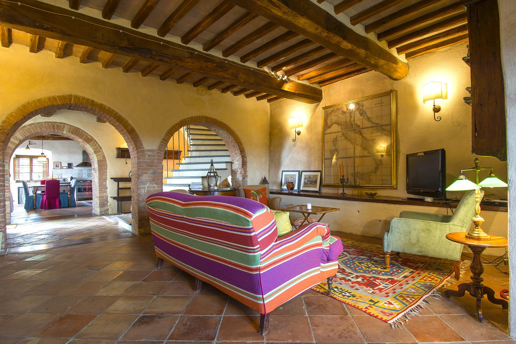 An enchanting villa in Florentine Chianti - 12
