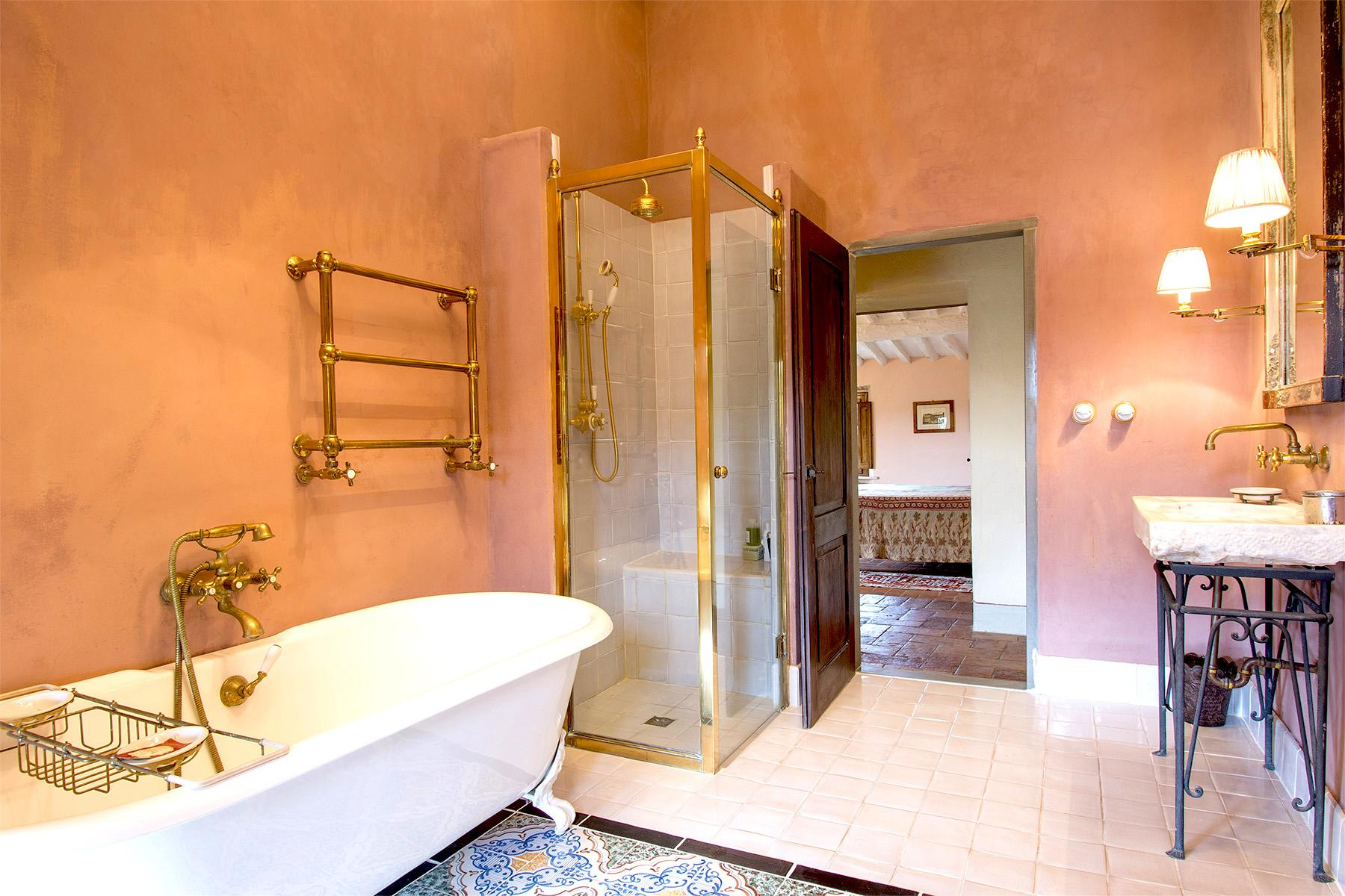 An enchanting villa in Florentine Chianti - 18