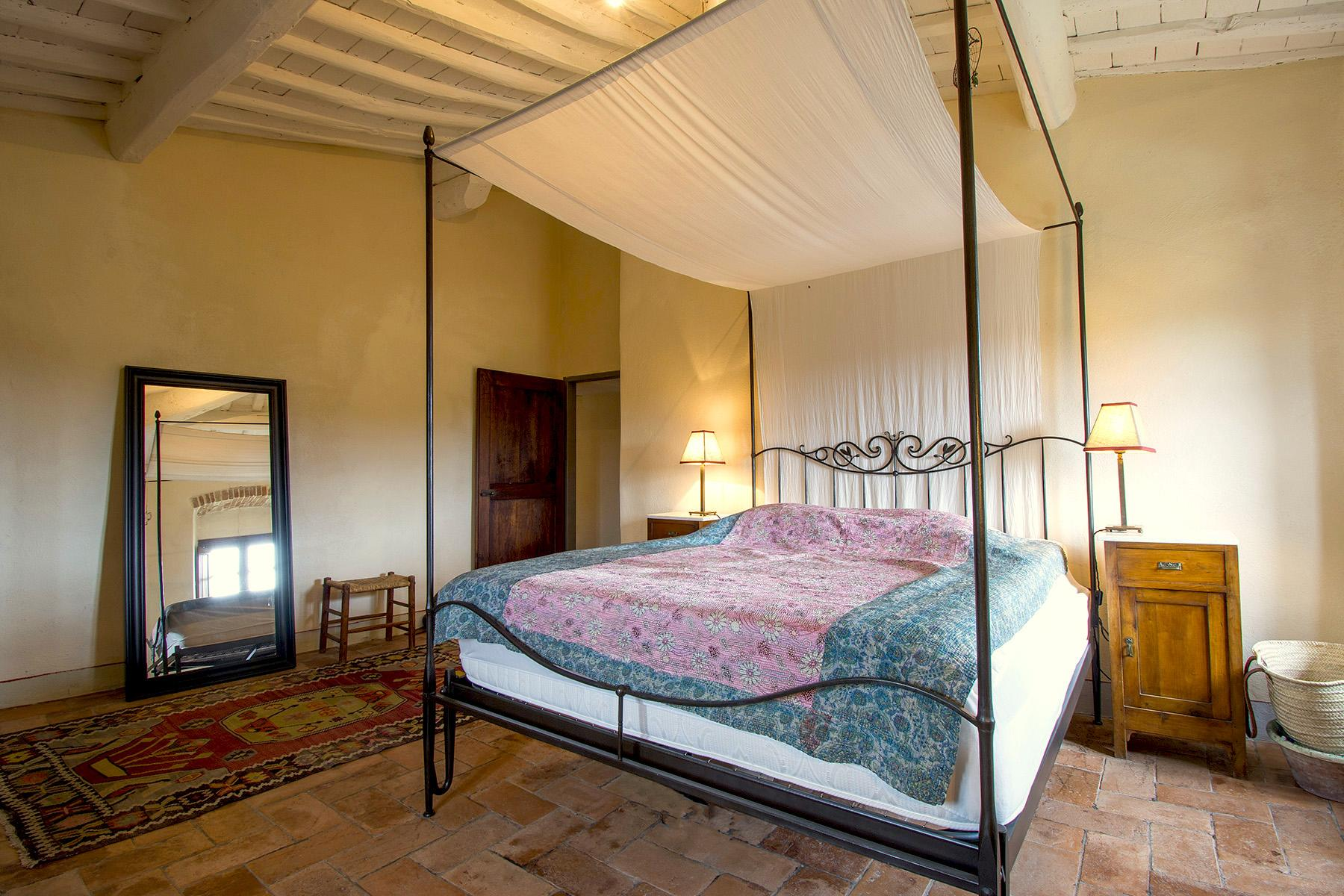 An enchanting villa in Florentine Chianti - 14