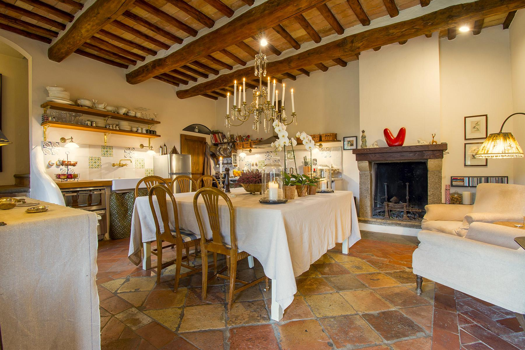 An enchanting villa in Florentine Chianti - 10