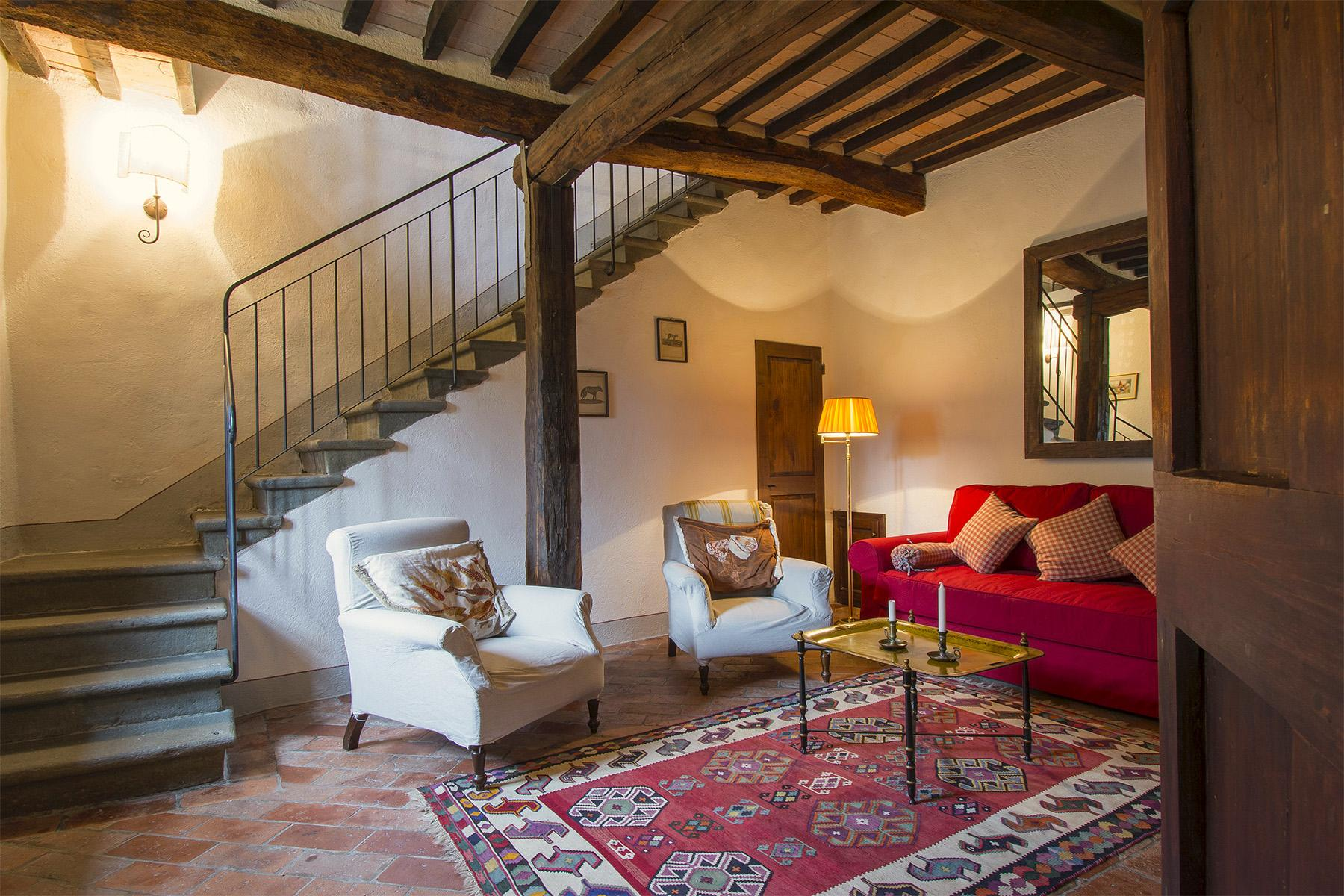 An enchanting villa in Florentine Chianti - 36