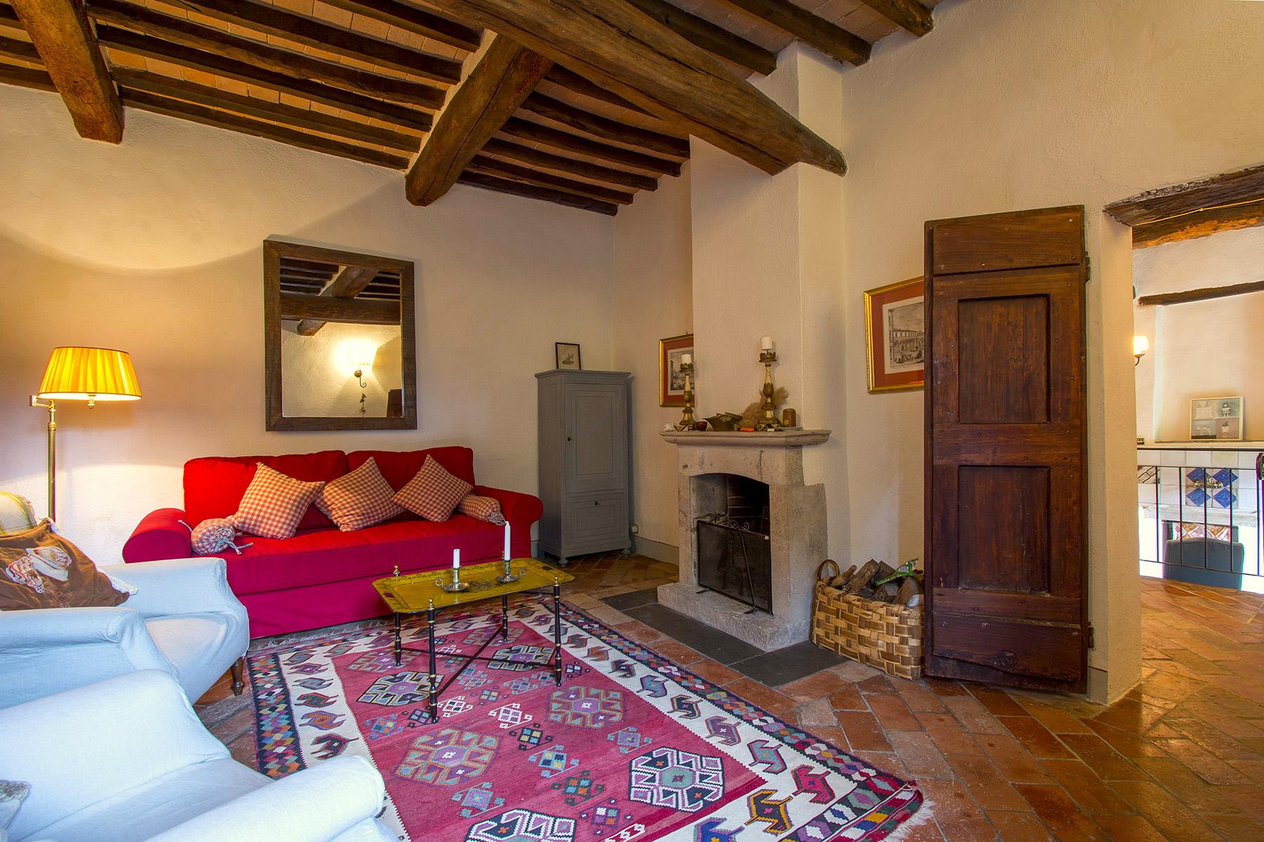 An enchanting villa in Florentine Chianti - 37