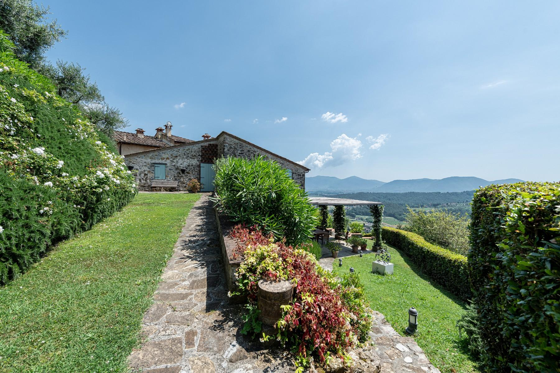 Magical farmhouse with stunning views on the hills of Lucca - 30