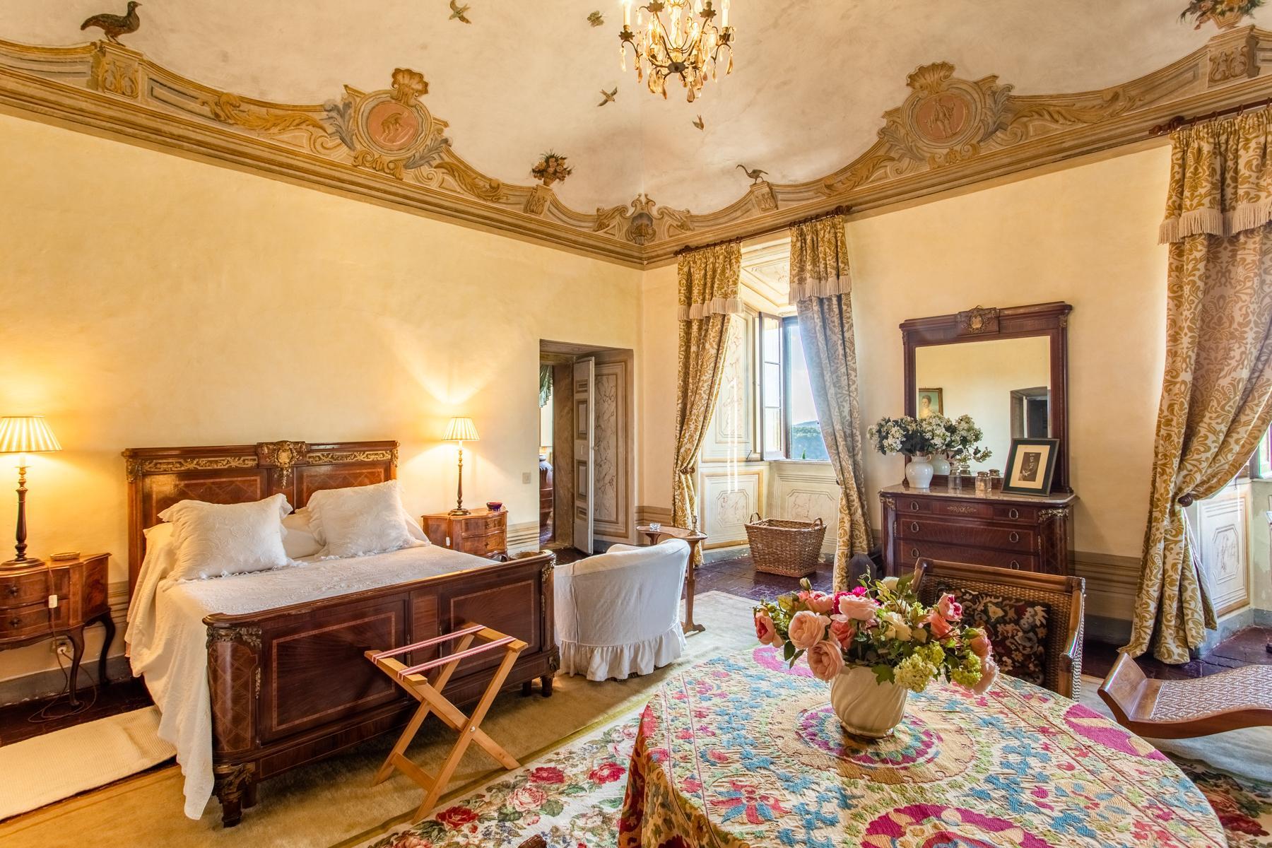 中世纪村庄Oliveto山顶上的雄壮宫殿 - 16