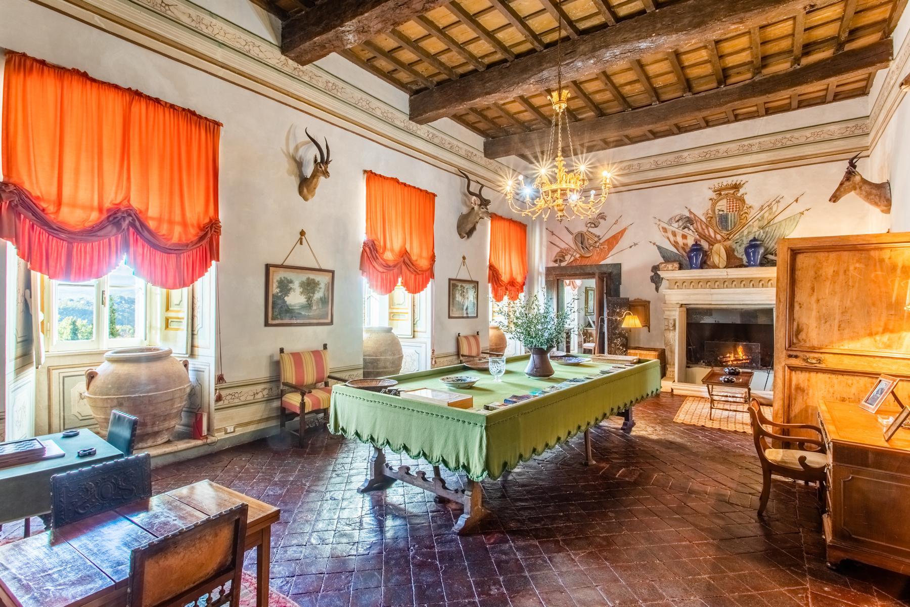 中世纪村庄Oliveto山顶上的雄壮宫殿 - 9