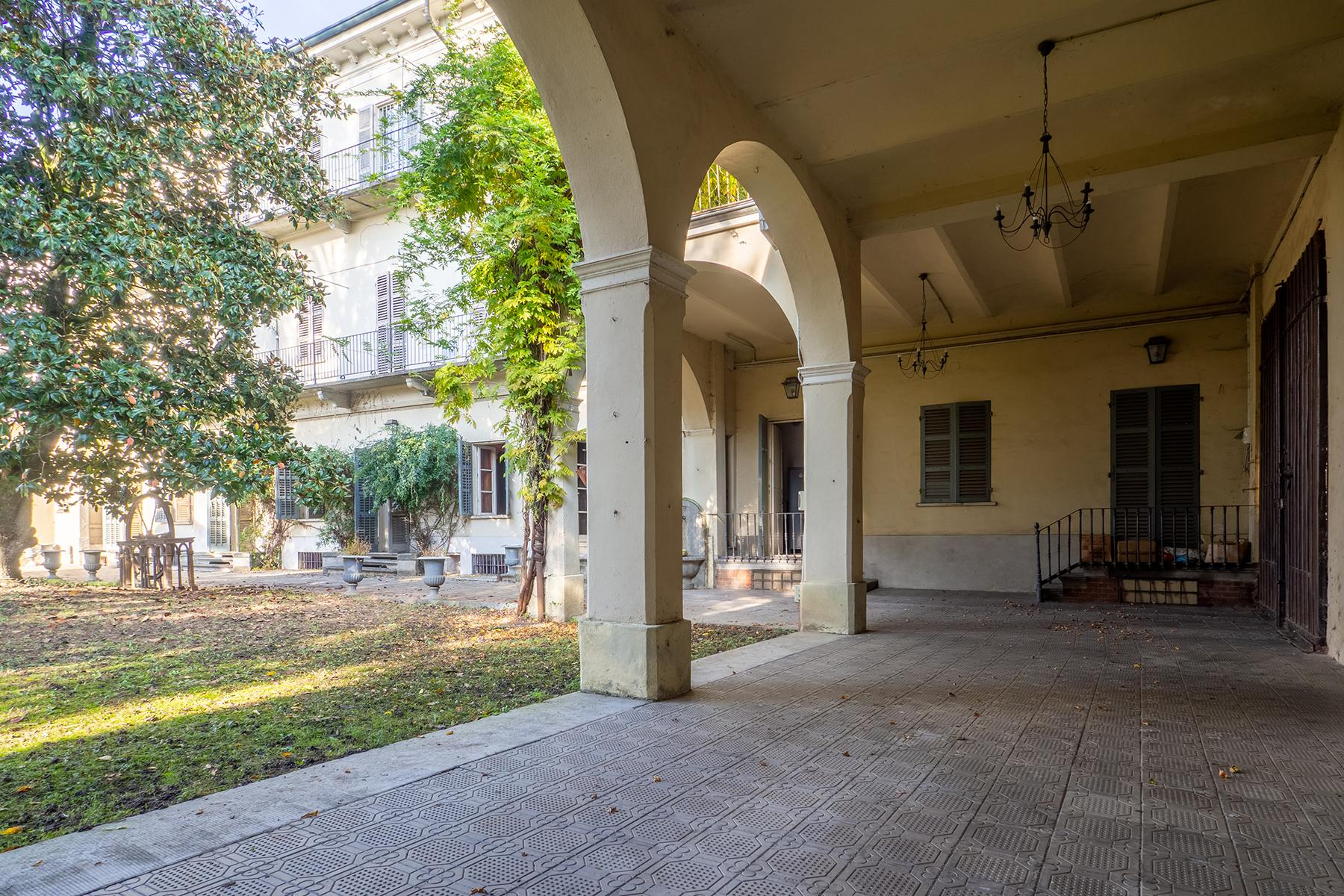 Historical Palazzo with private garden - 4