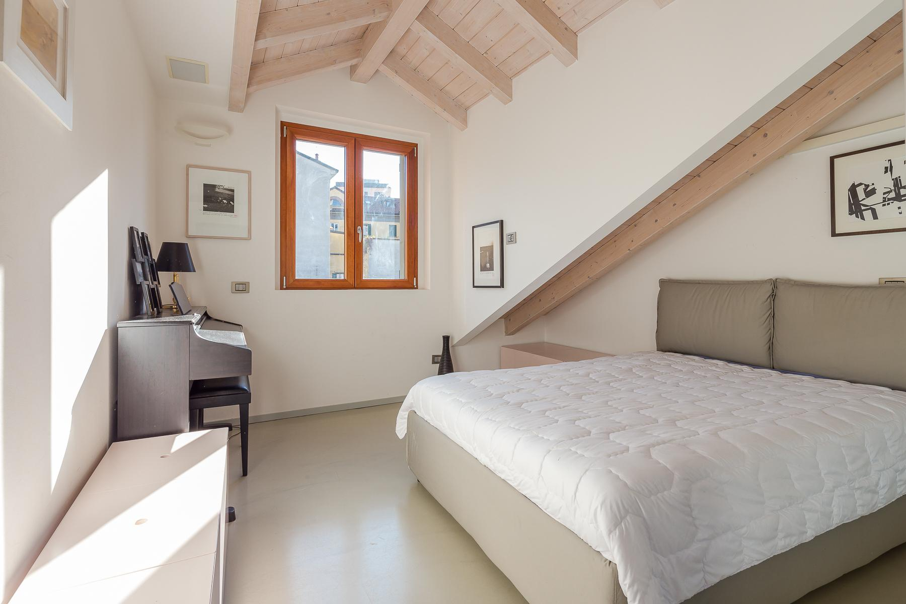 Отремонтированные светлые апартаменты с большой террасой - 23