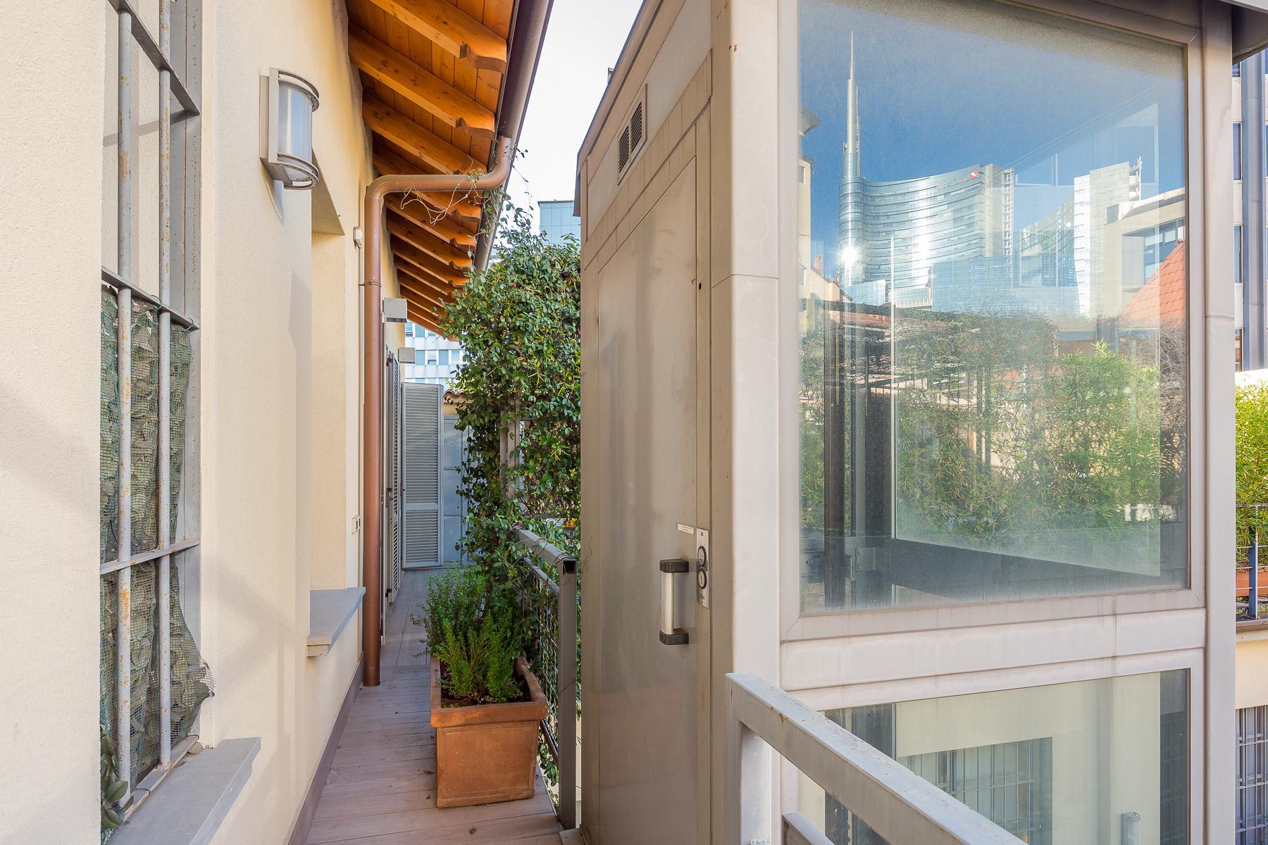 Отремонтированные светлые апартаменты с большой террасой - 25