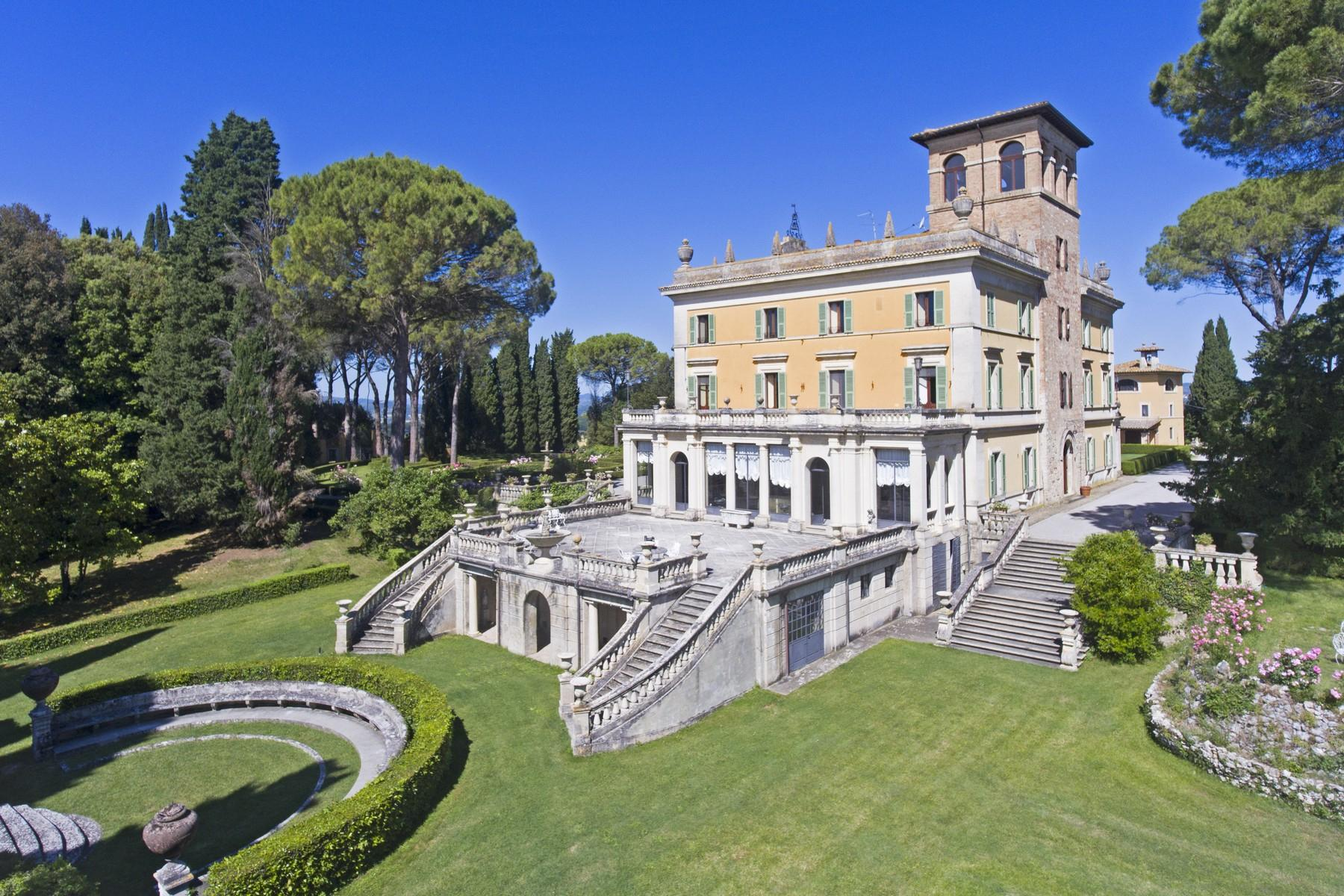 Magnificent historical villa with typical italian garden in Umbria - 6