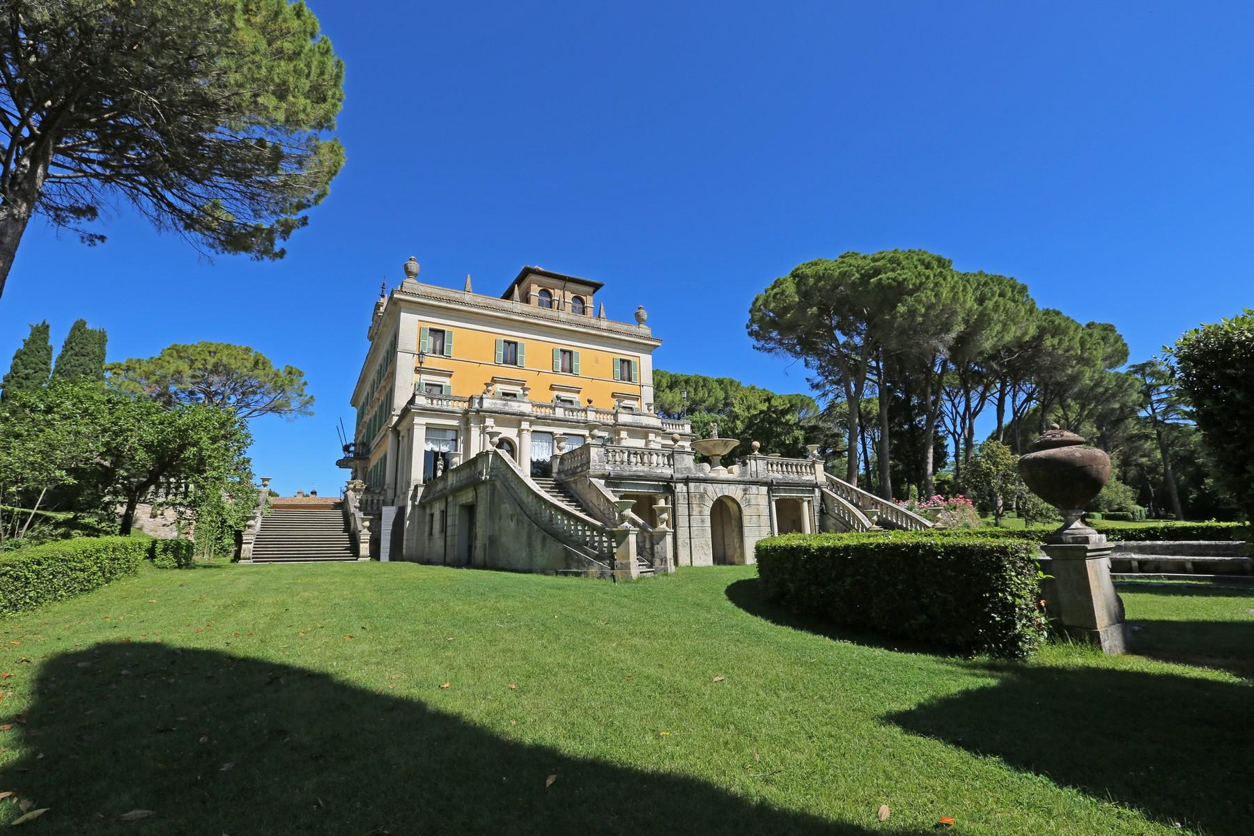 Magnificent historical villa with typical italian garden in Umbria - 21