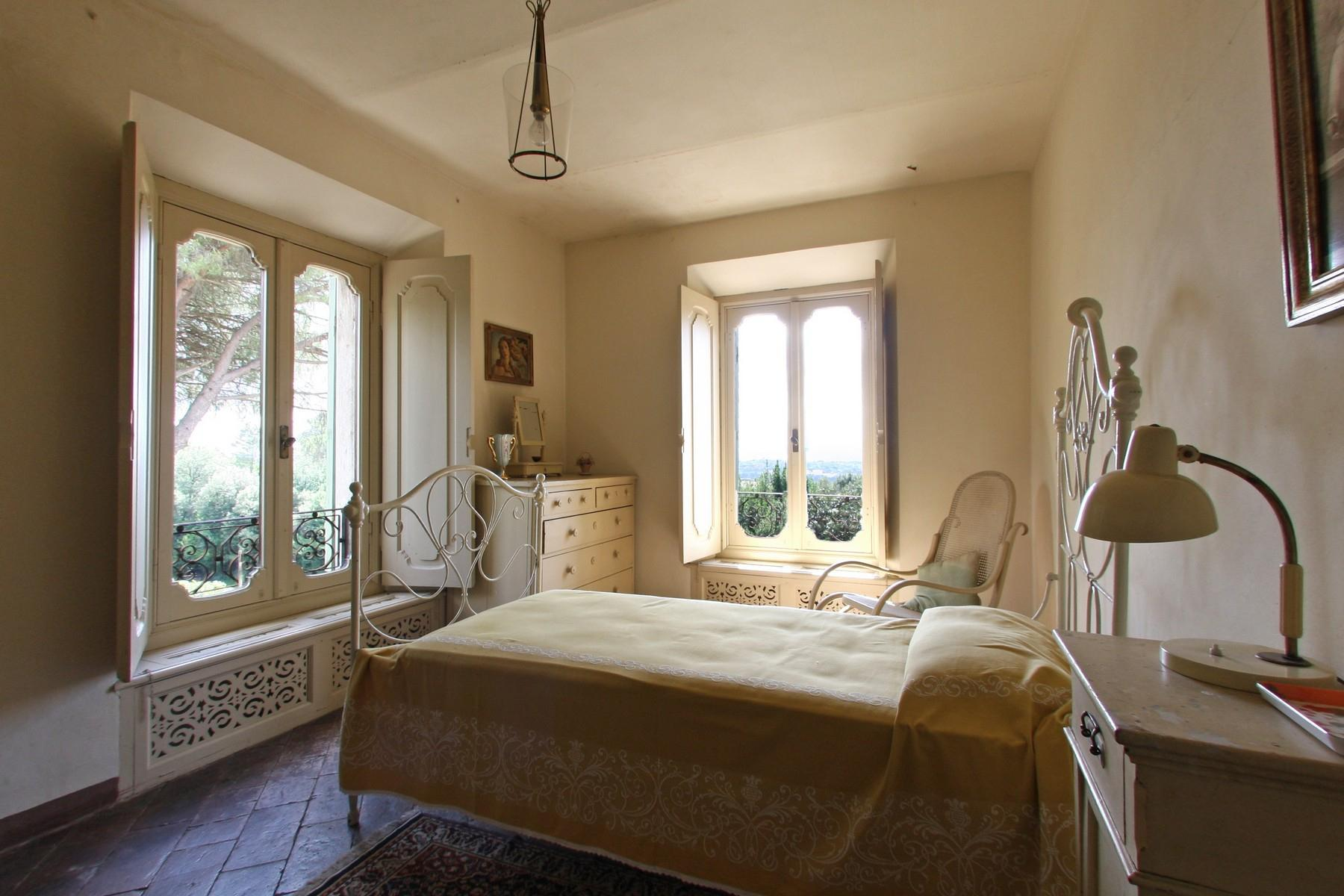 Magnificent historical villa with typical italian garden in Umbria - 37