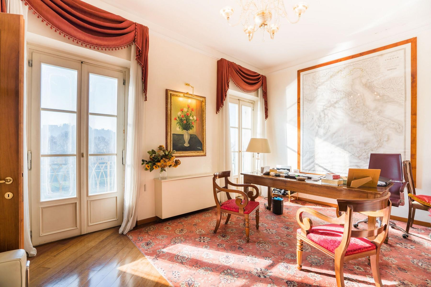 Luxury apartment overlooking the Arno River - 3