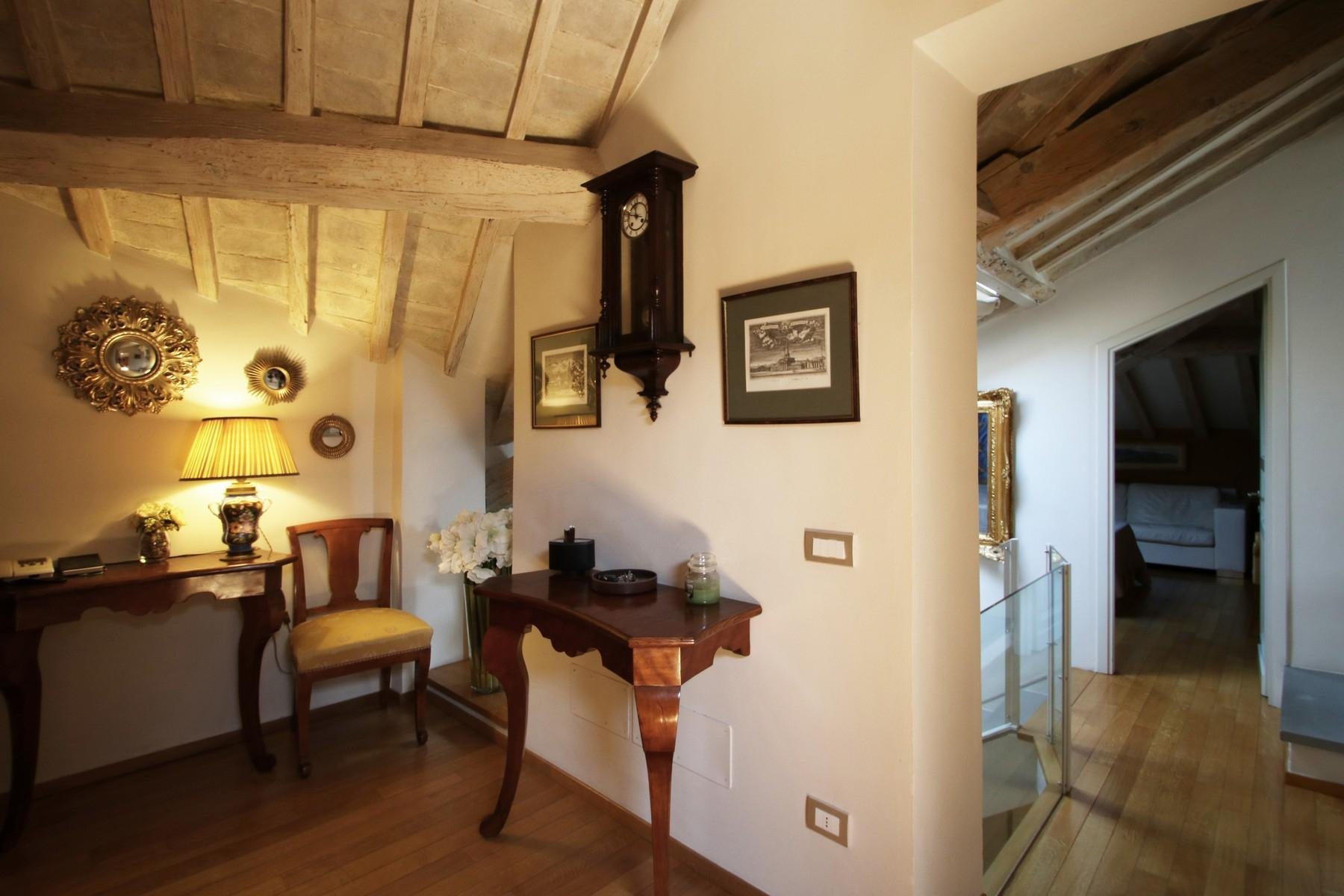 Flamboyant Top-floor Apartment with Tower in Bellosguardo, Florence - 13