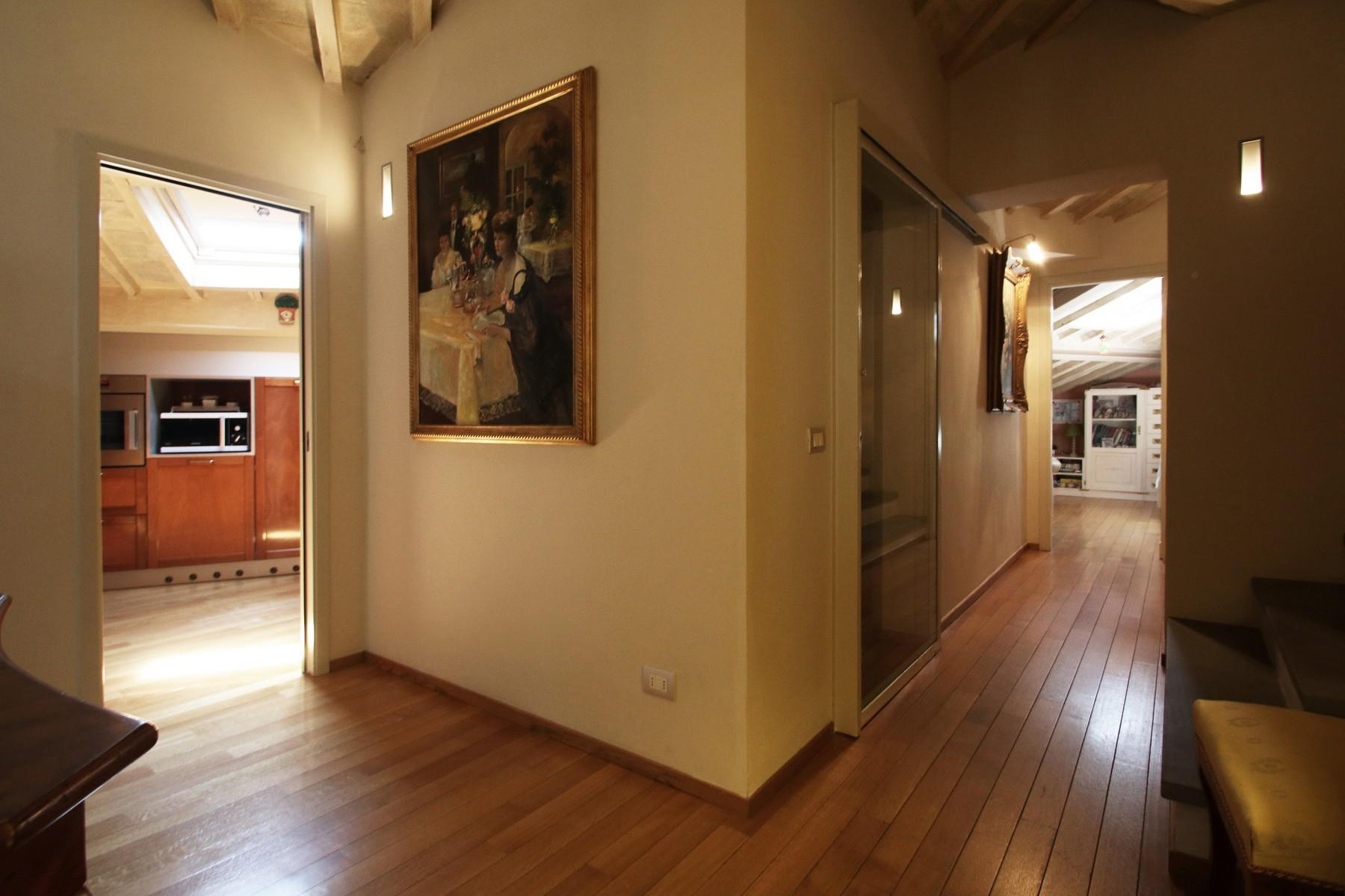 Flamboyant Top-floor Apartment with Tower in Bellosguardo, Florence - 14