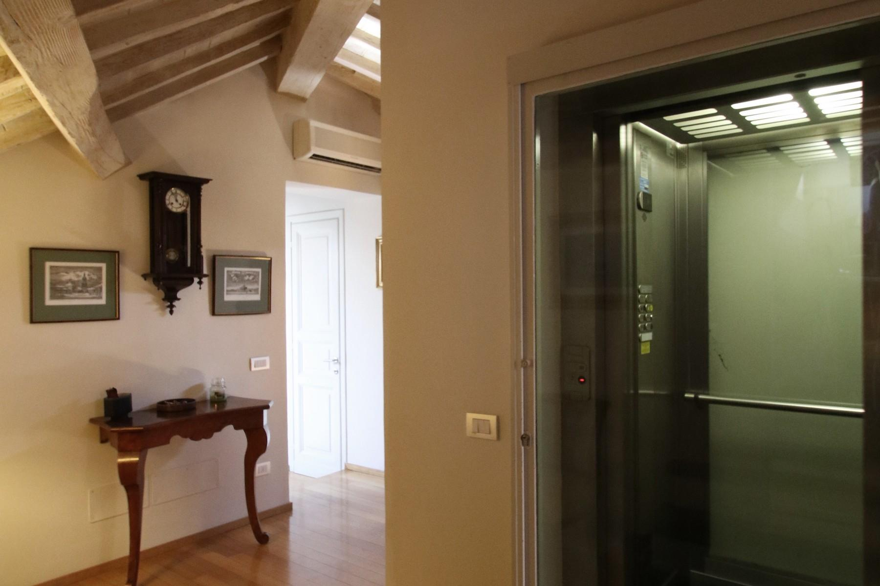 Flamboyant Top-floor Apartment with Tower in Bellosguardo, Florence - 15