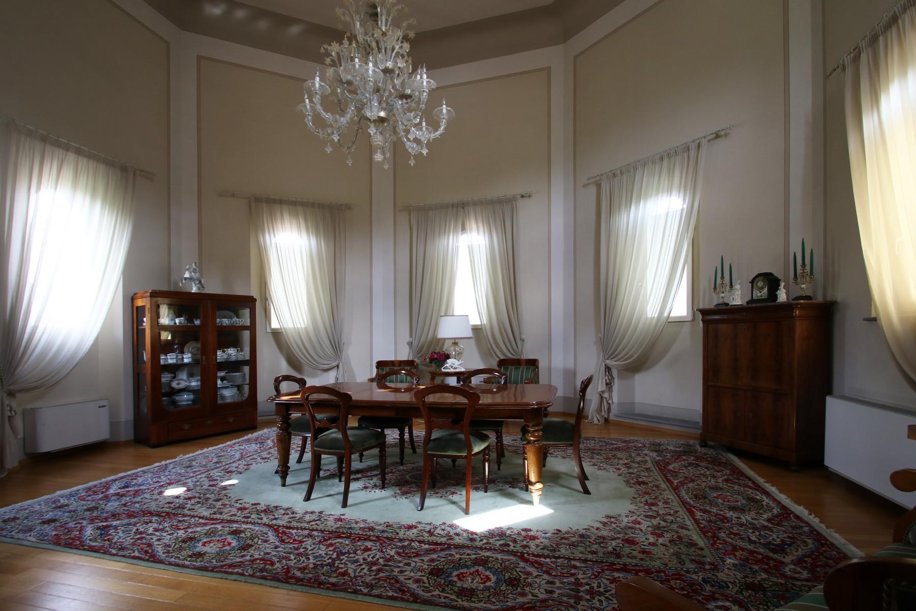 Flamboyant Top-floor Apartment with Tower in Bellosguardo, Florence - 10