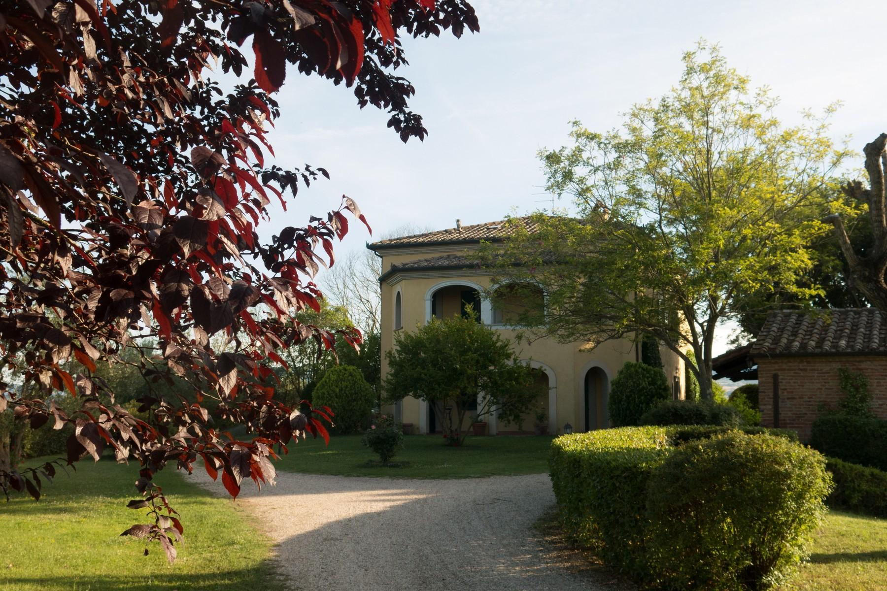Lovely Villa located in the Lake region between Tuscany and Umbria, Castiglione del Lago. - 9