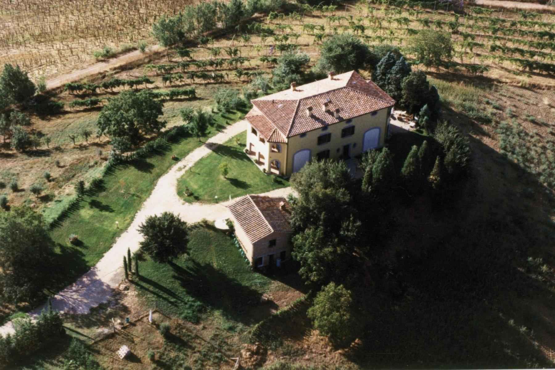 Lovely Villa located in the Lake region between Tuscany and Umbria, Castiglione del Lago. - 27