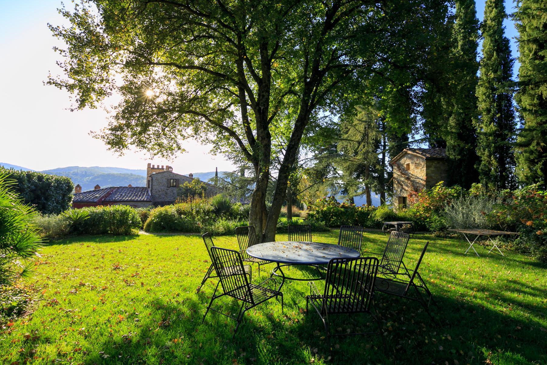 邻近RaddainChianti的城堡/庄园住宅 - 32