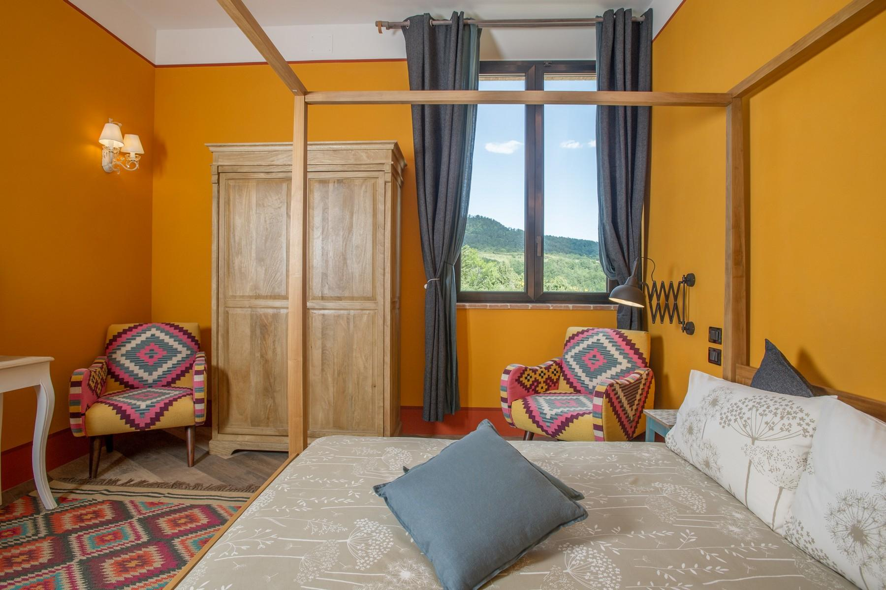 Equestrian facility/boutique hotel Val d'Orcia - 19