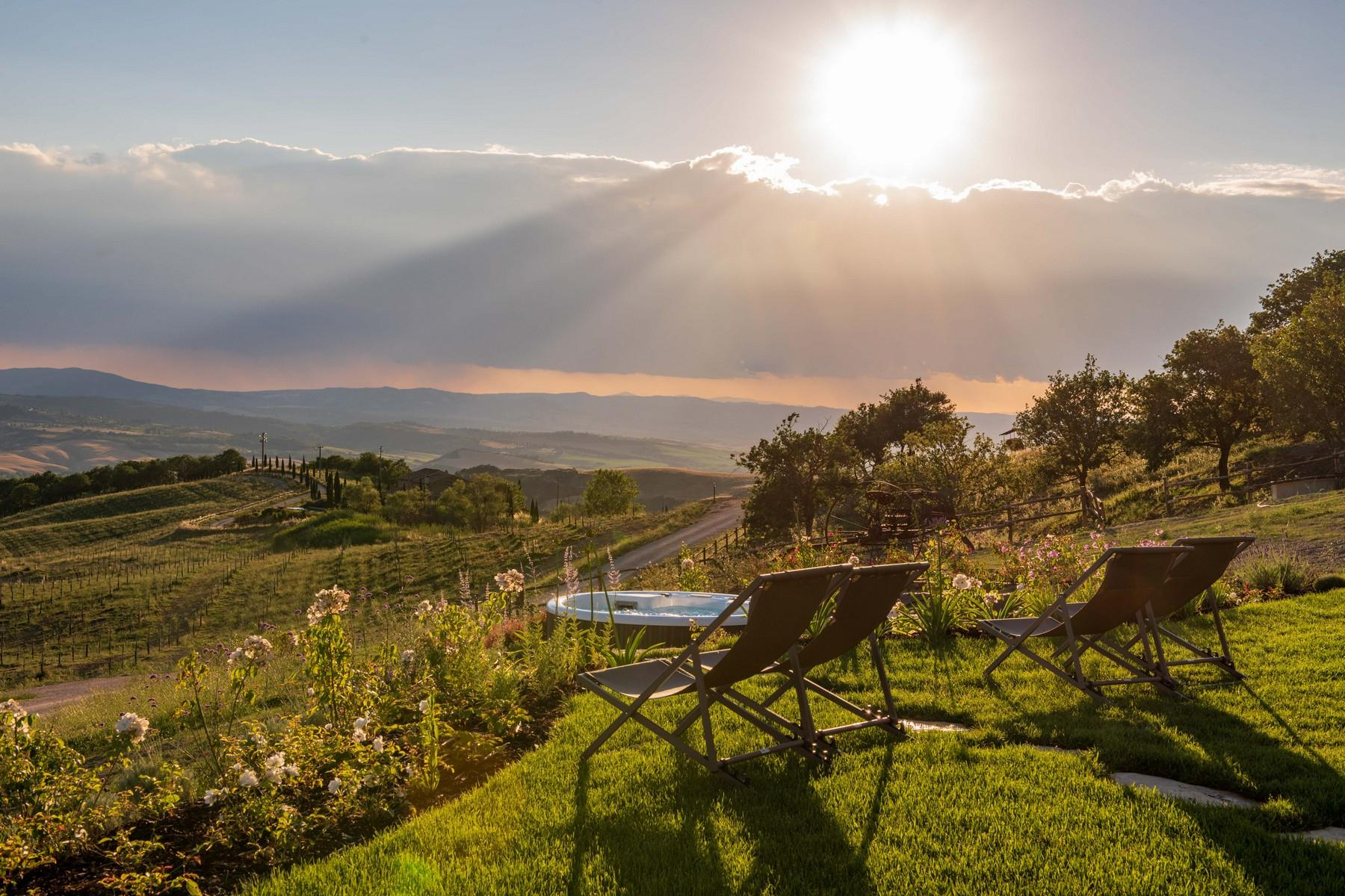 Equestrian facility/boutique hotel Val d'Orcia - 7