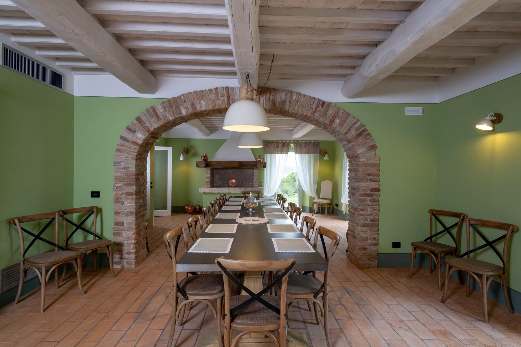 Equestrian facility/boutique hotel Val d'Orcia - 9