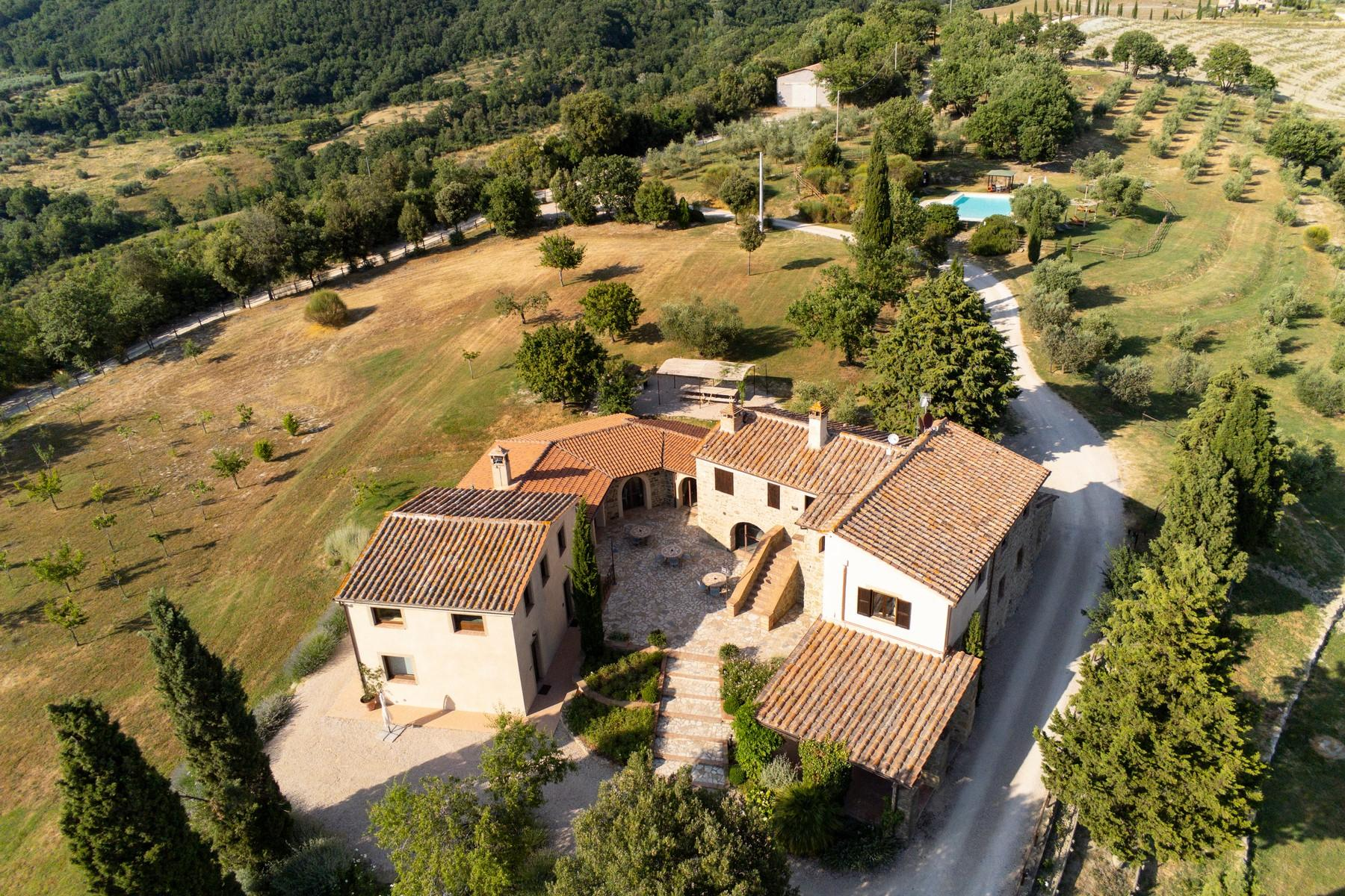 Equestrian facility/boutique hotel Val d'Orcia - 2