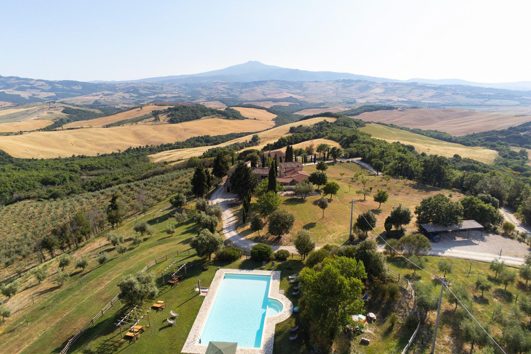 Equestrian facility/boutique hotel Val d'Orcia - 3