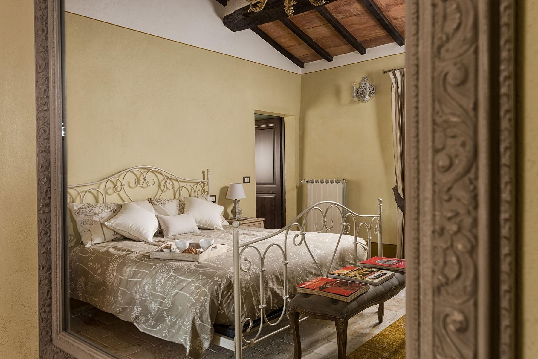 Equestrian facility/boutique hotel Val d'Orcia - 13