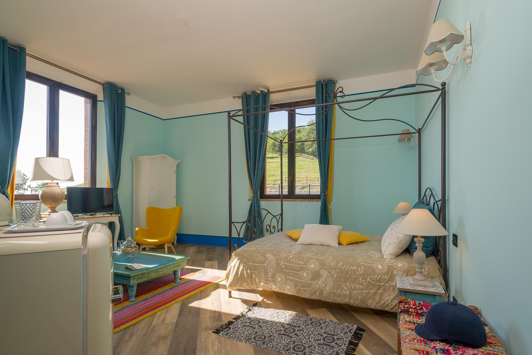 Equestrian facility/boutique hotel Val d'Orcia - 28