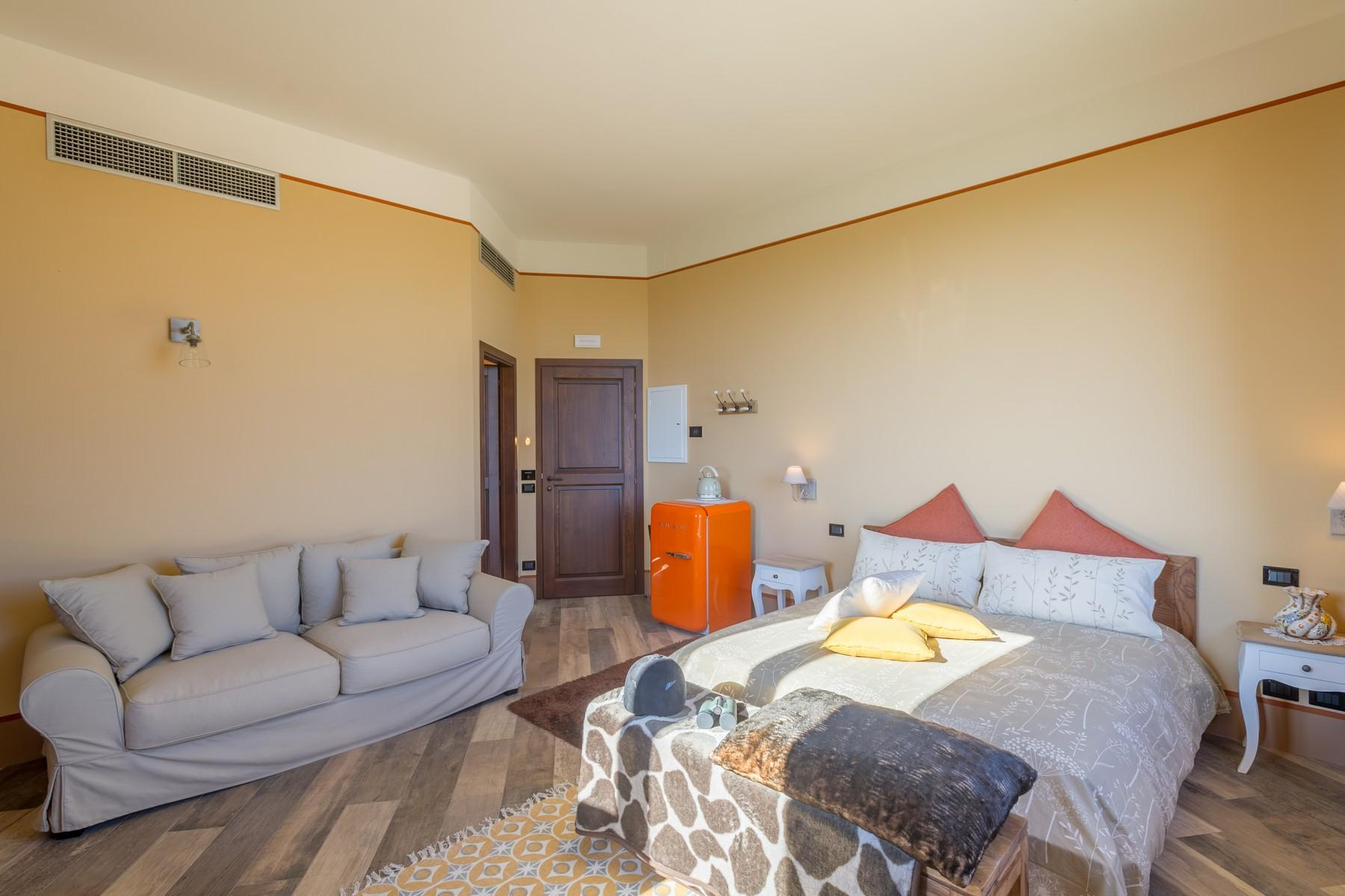 Equestrian facility/boutique hotel Val d'Orcia - 29