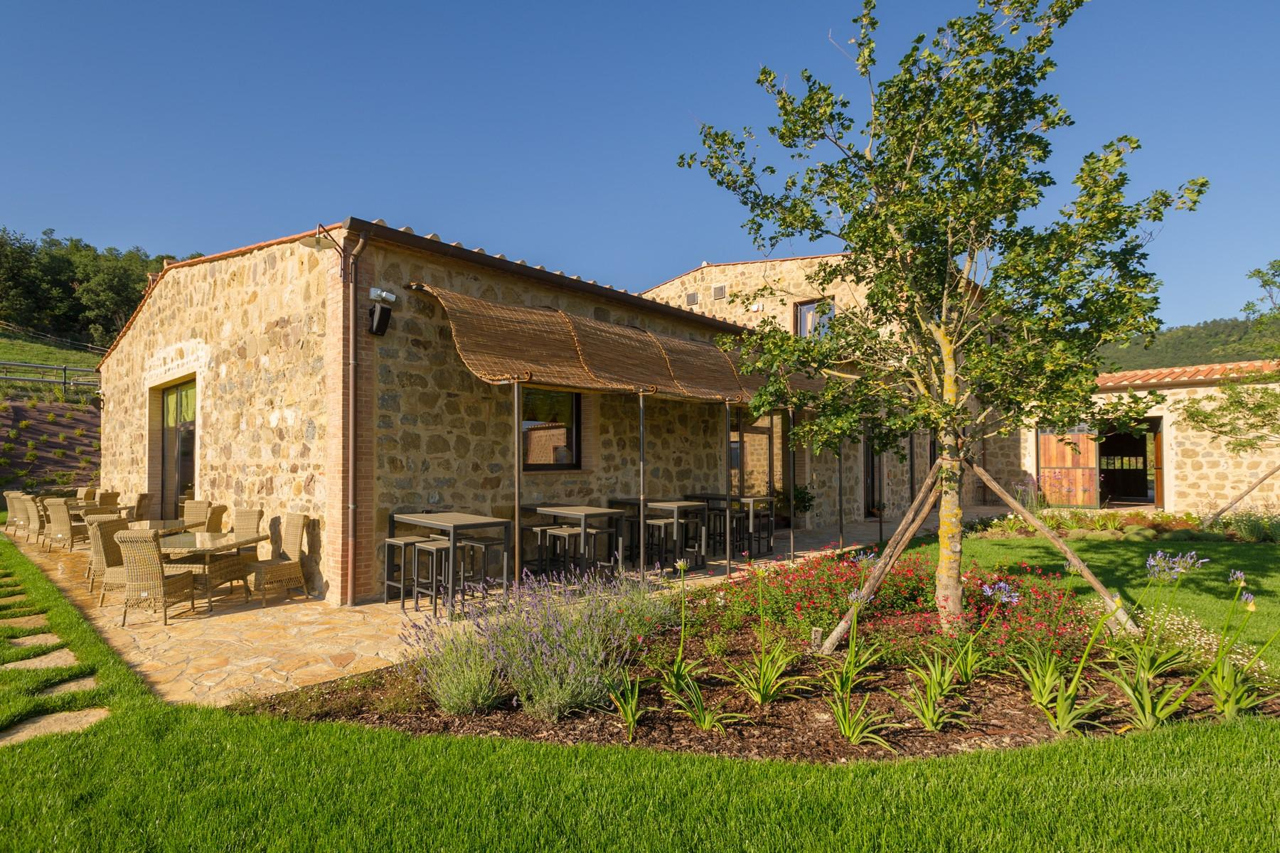 Equestrian facility/boutique hotel Val d'Orcia - 6