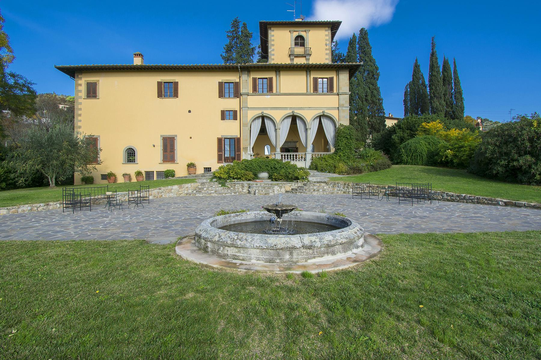 An important villa with pool on the hills of Florence - 6