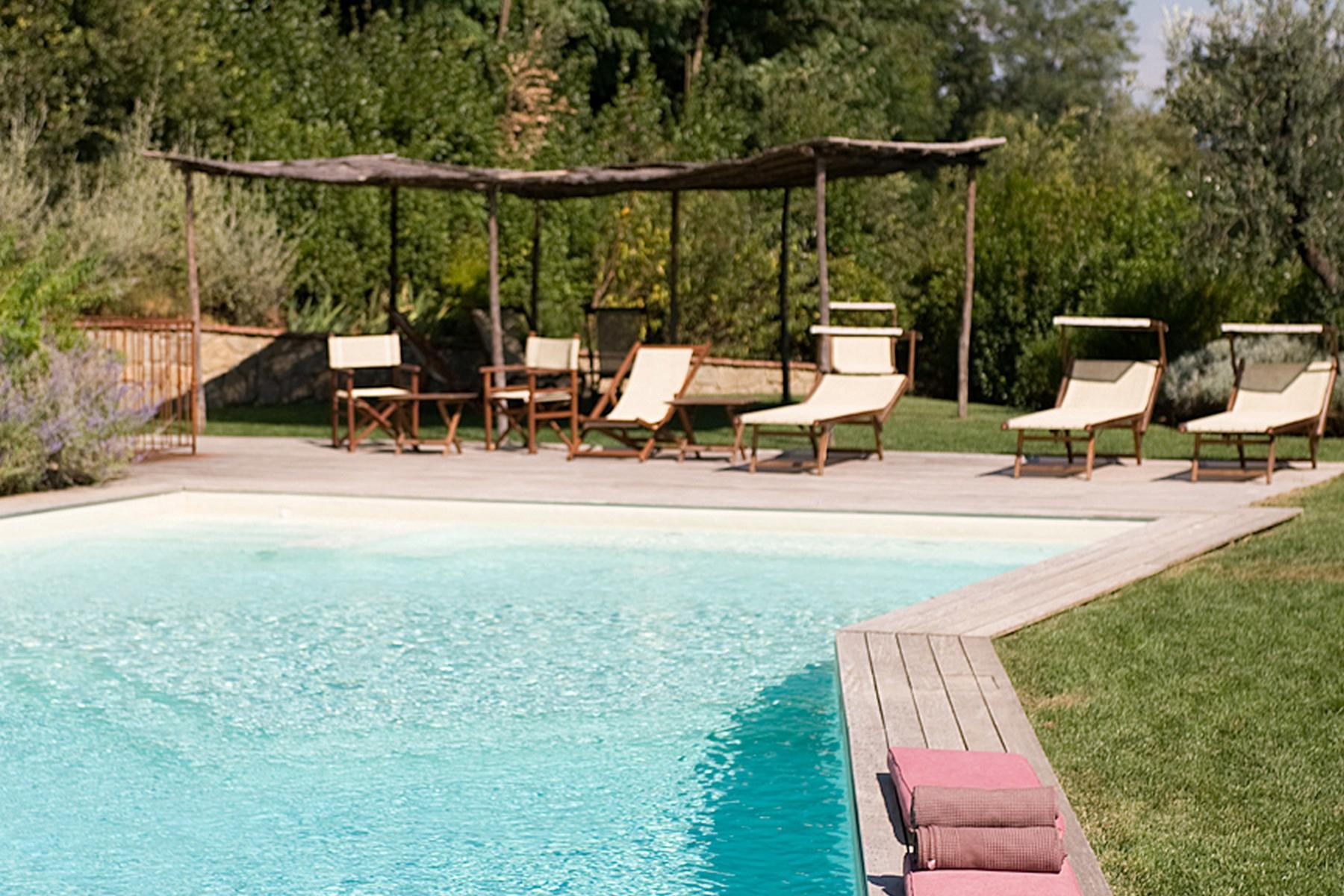 Farmhouse for sale in the Tuscan hills - 2