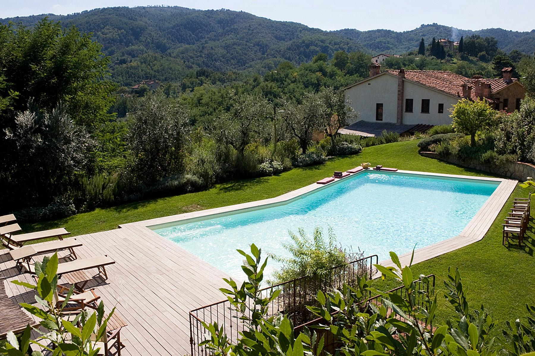Farmhouse for sale in the Tuscan hills - 17