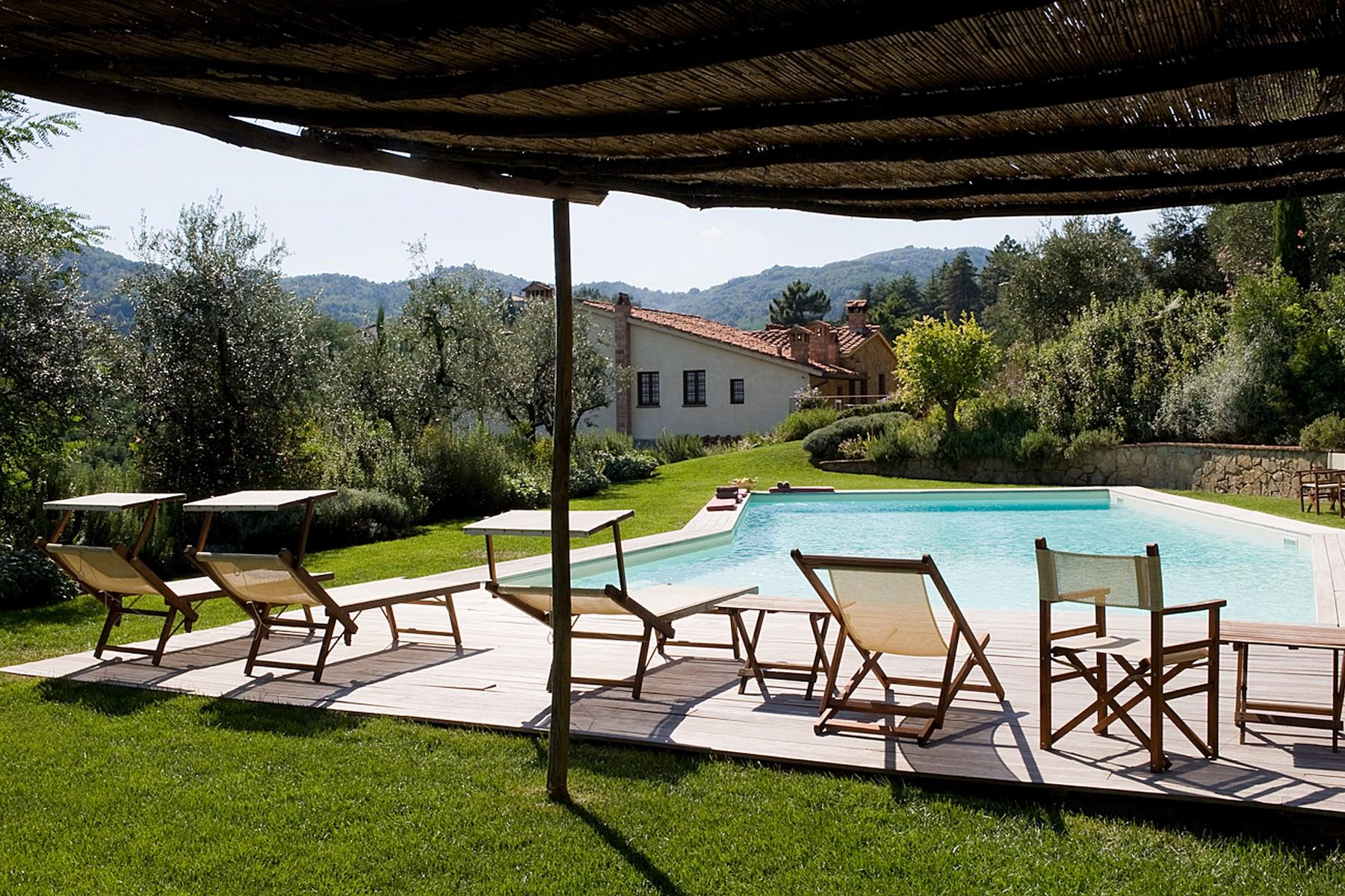Farmhouse for sale in the Tuscan hills - 5