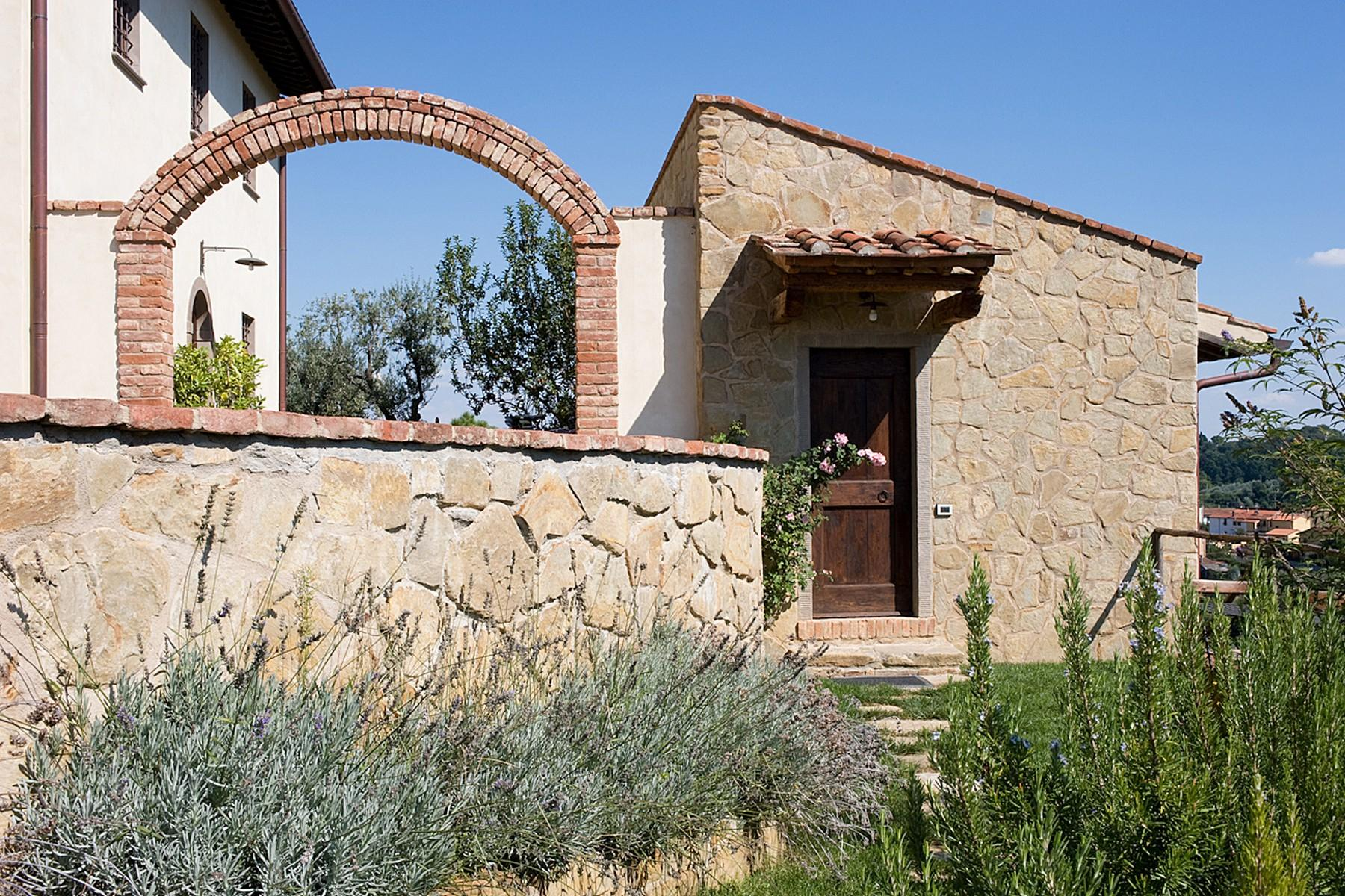 Farmhouse for sale in the Tuscan hills - 4