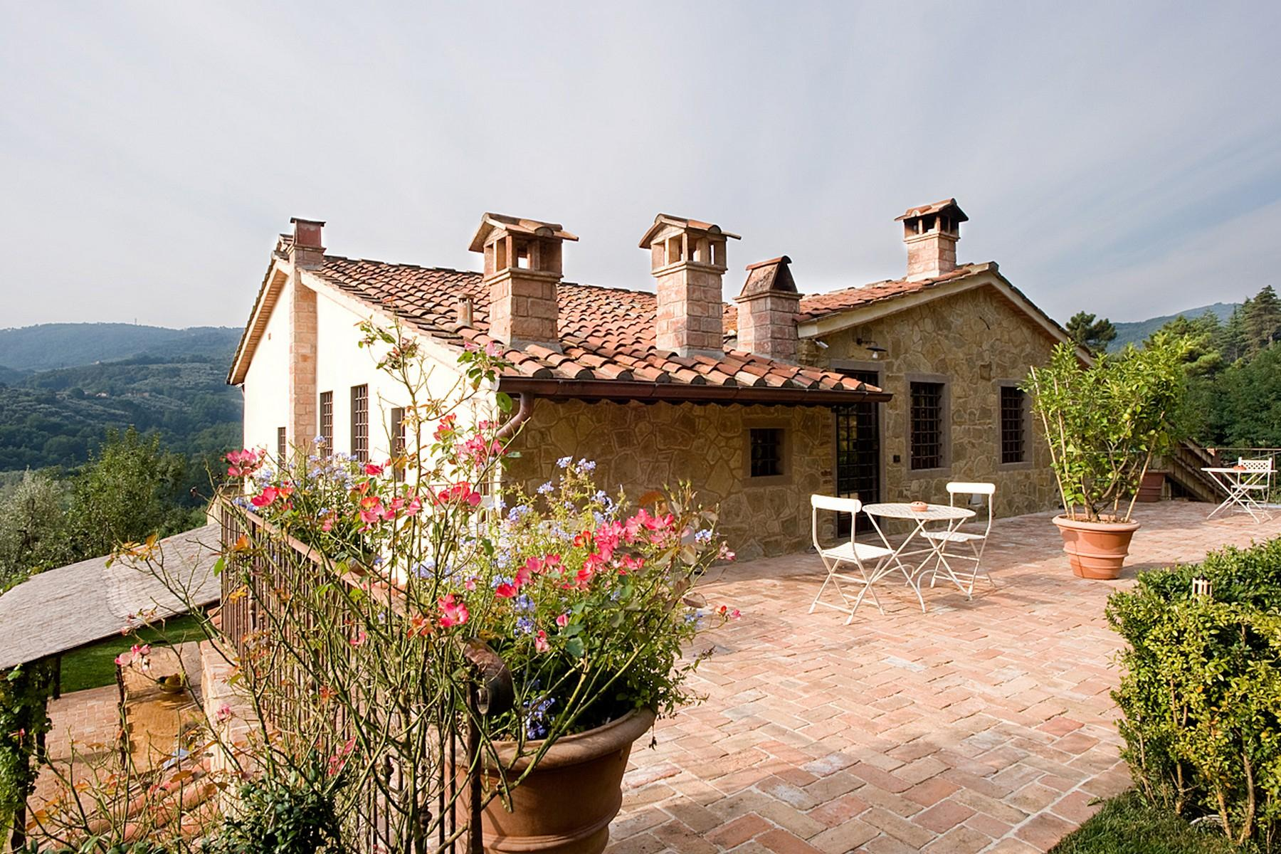 Farmhouse for sale in the Tuscan hills - 14