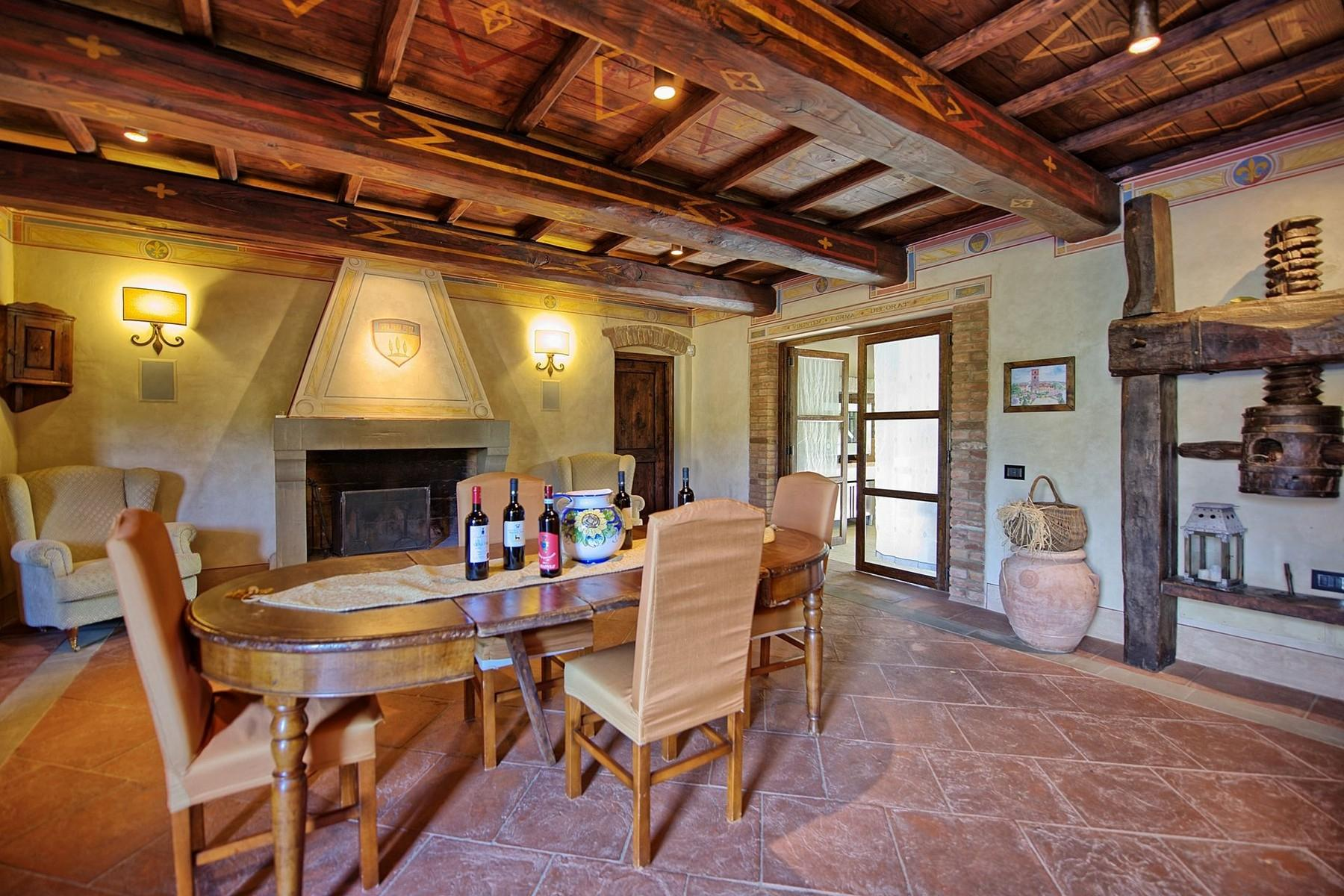 Farmhouse for sale in the Tuscan hills - 8