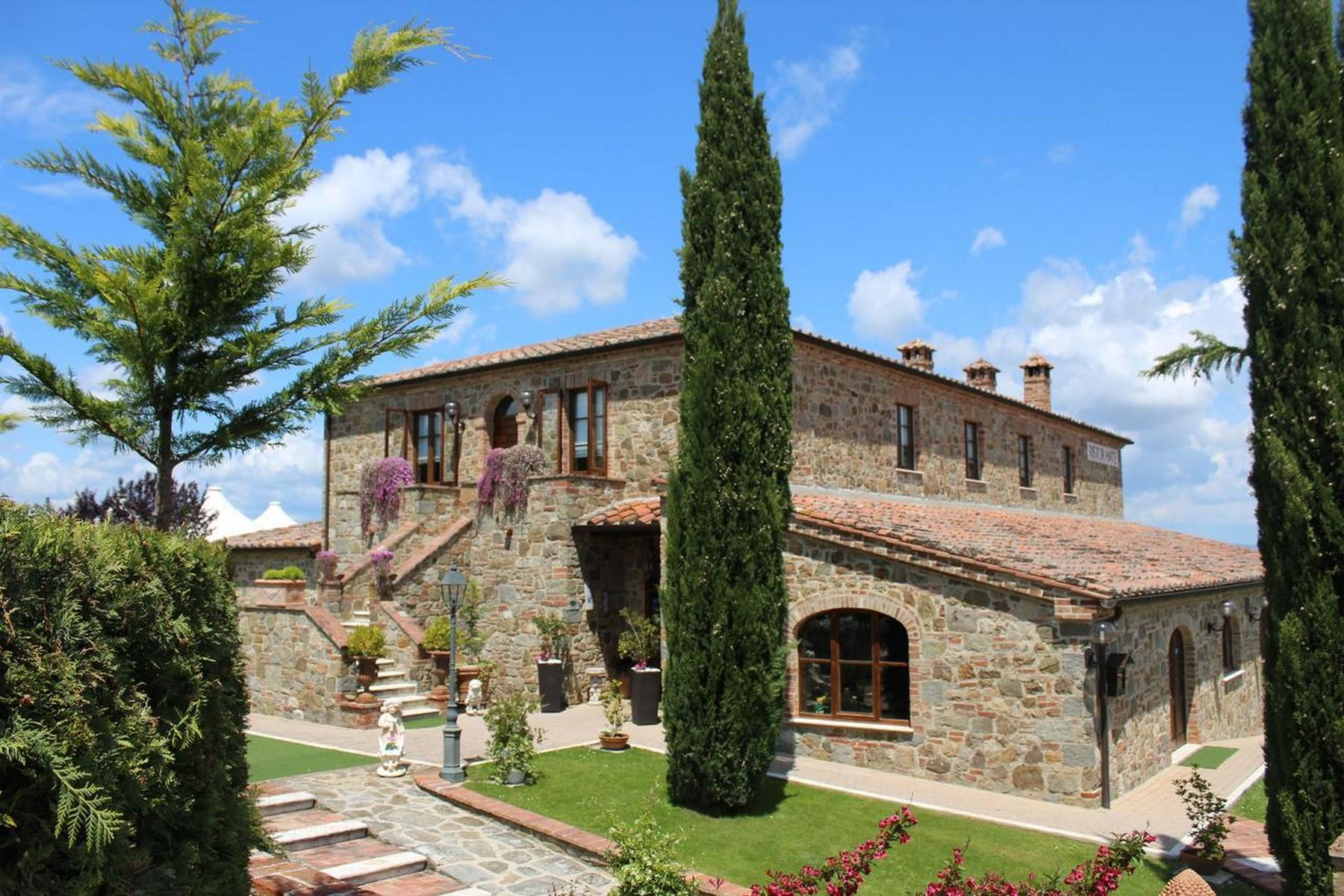 Beautiful Boutique Hotel with Restaurant and SPA in the hills of Torrita di Siena - 1
