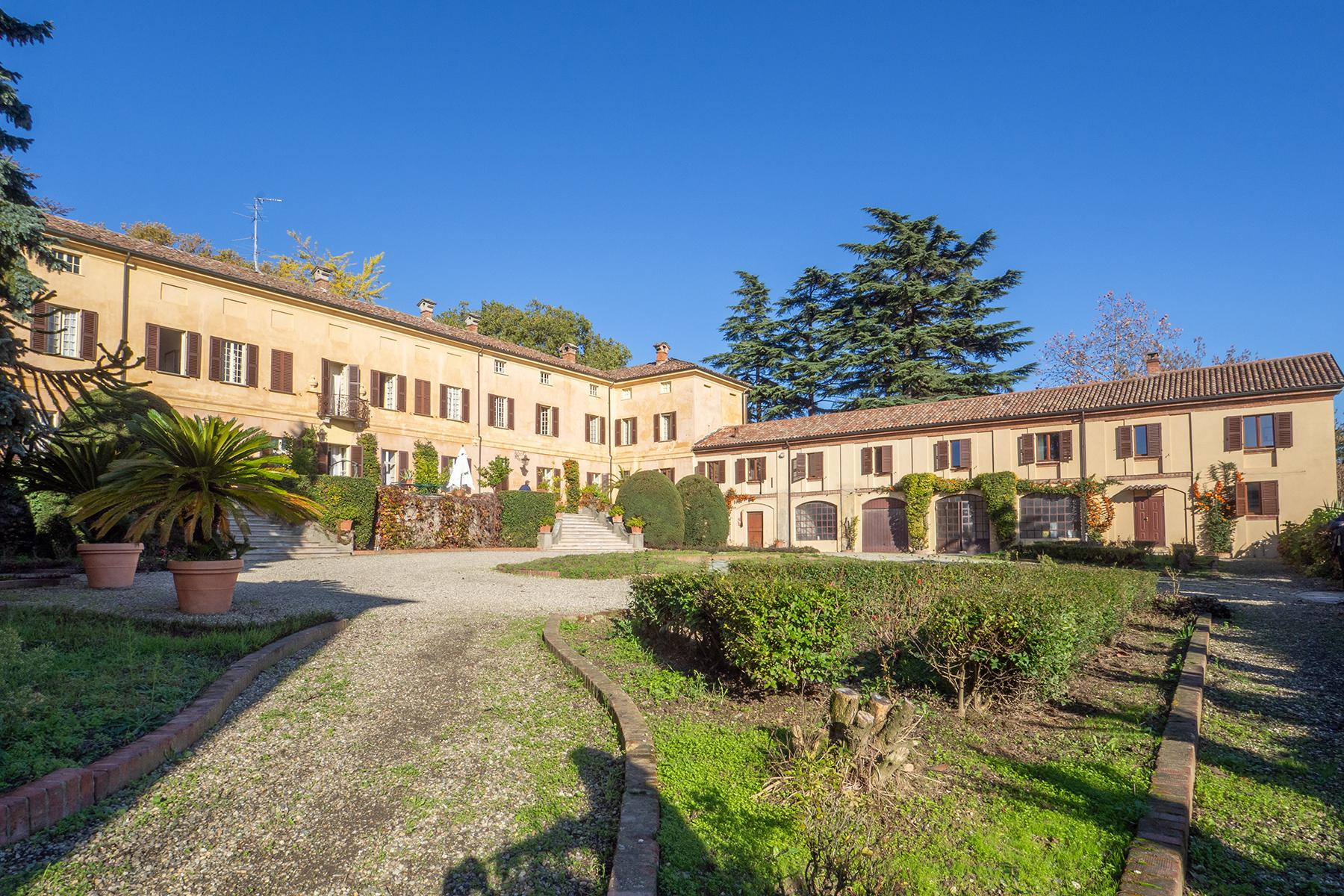 Prestigious historical manor nestled in the Monferrato countryside - 4