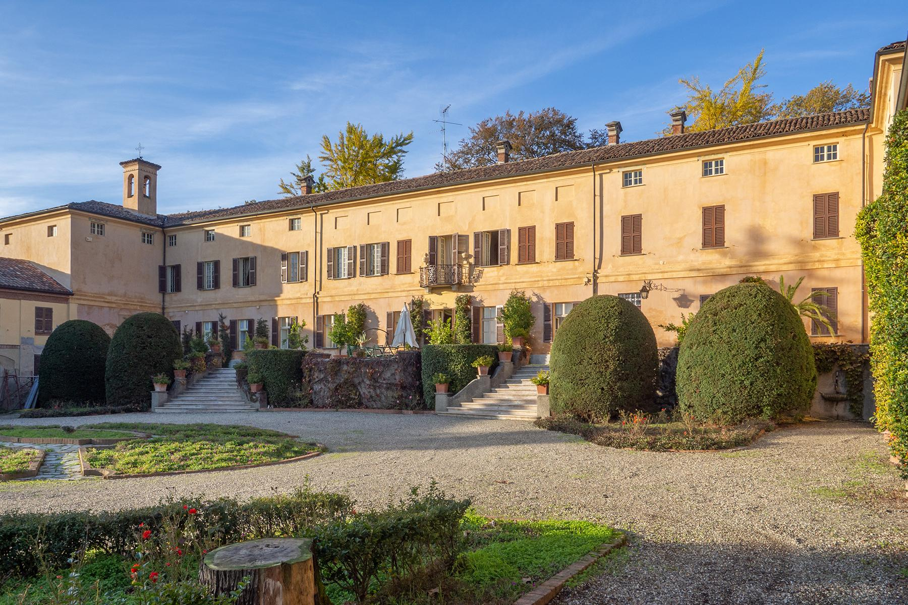 Prestigious historical manor nestled in the Monferrato countryside - 3