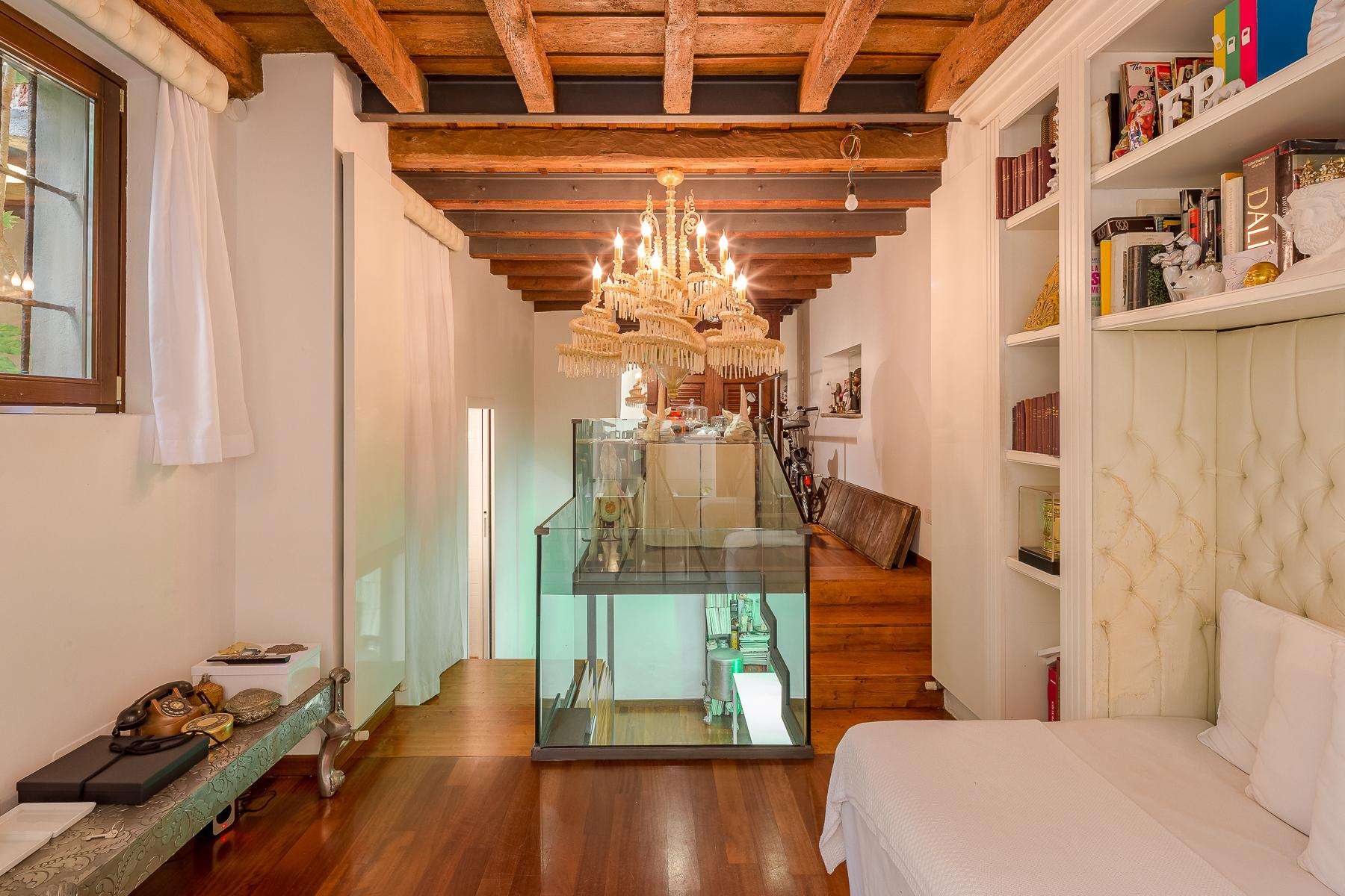 Design apartment in one of the historic districts of Milan - 5