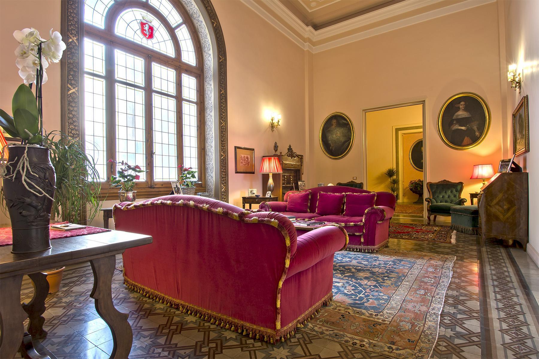 Affascinante e prestigiosa residenza storica nel cuore di Firenze - 3