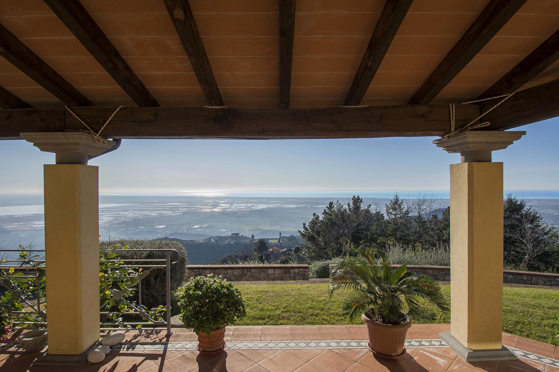 Magnifica villa vista mare e lago sulle prime colline di Massarosa - 3