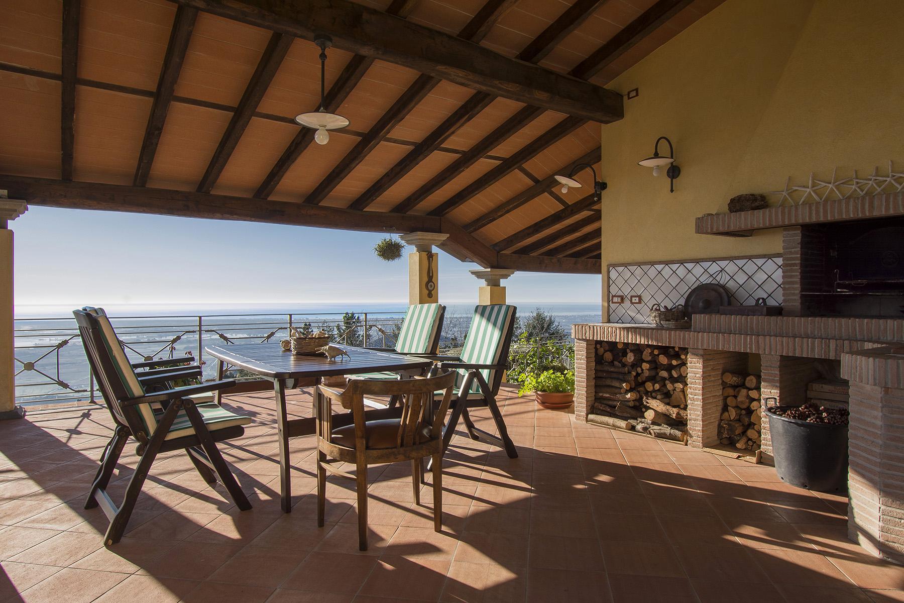 Magnifica villa vista mare e lago sulle prime colline di Massarosa - 24