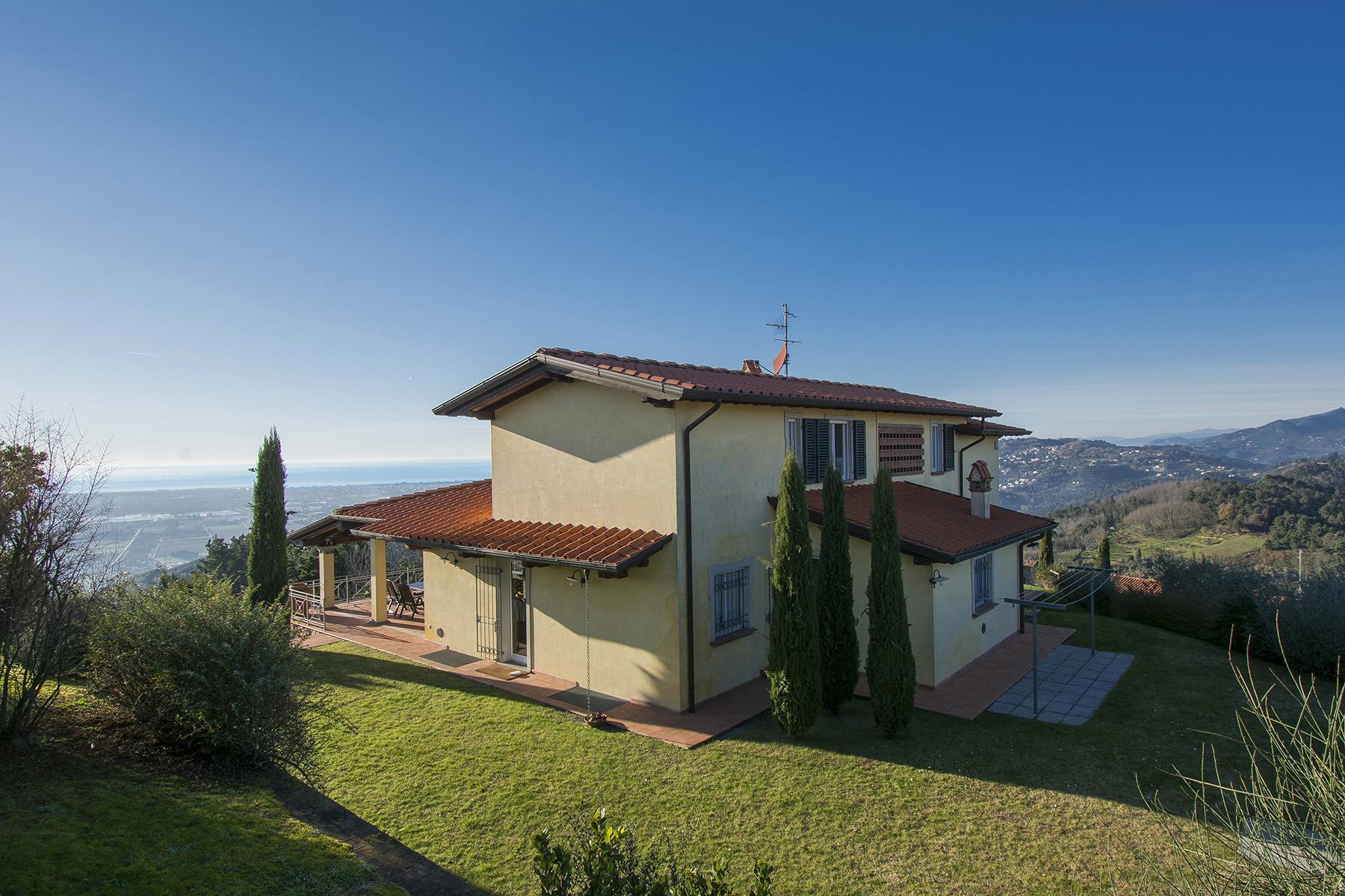 Magnifica villa vista mare e lago sulle prime colline di Massarosa - 25