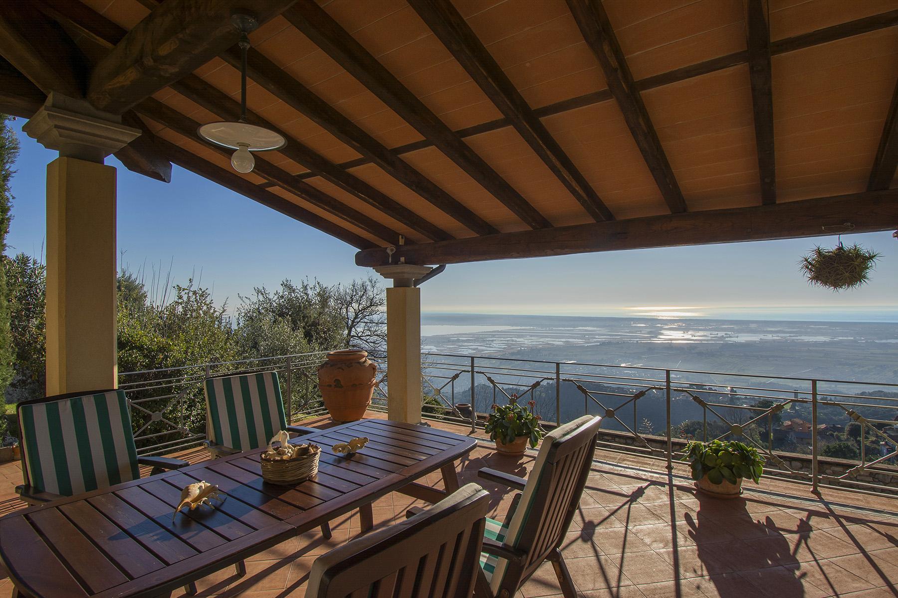 Wunderschöne Villa mit Meerblick auf den ersten Hügeln von Massarosa - 4