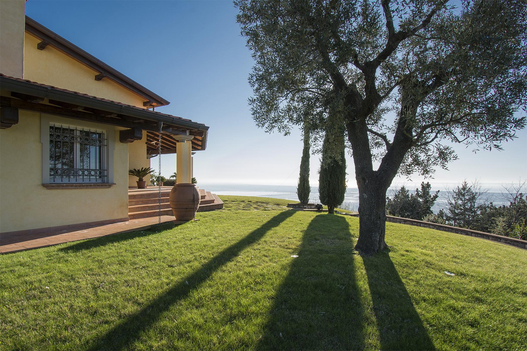 Magnifica villa vista mare e lago sulle prime colline di Massarosa - 27