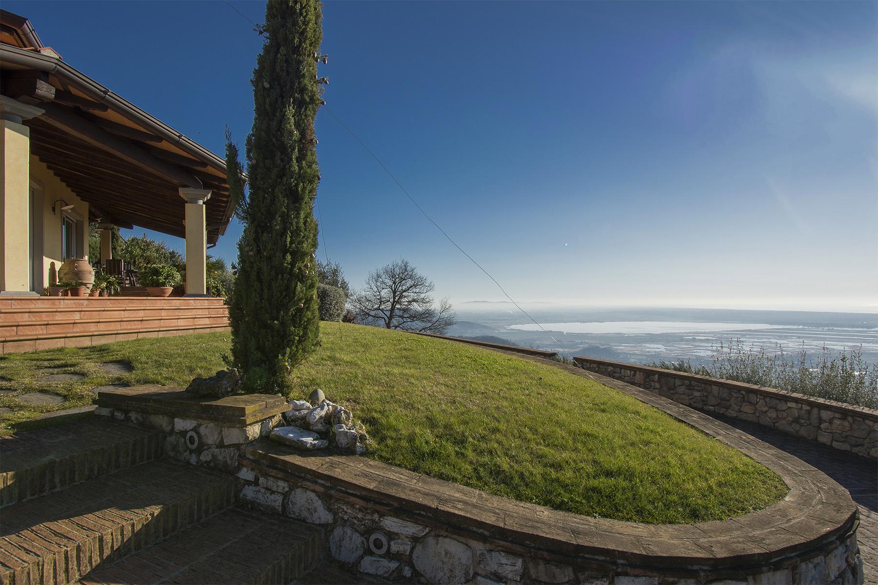 Magnifica villa vista mare e lago sulle prime colline di Massarosa - 13